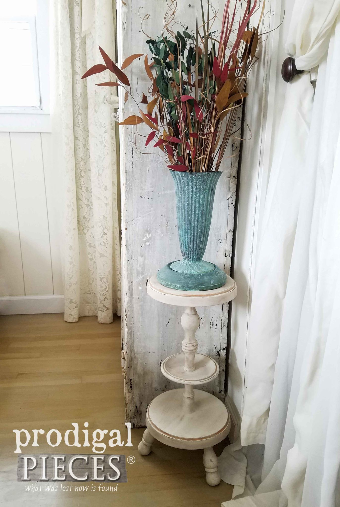 Farmhouse DIY Repurposed Plant Stand from Ash Tray by Larissa of Prodigal Pieces | prodigalpieces.com