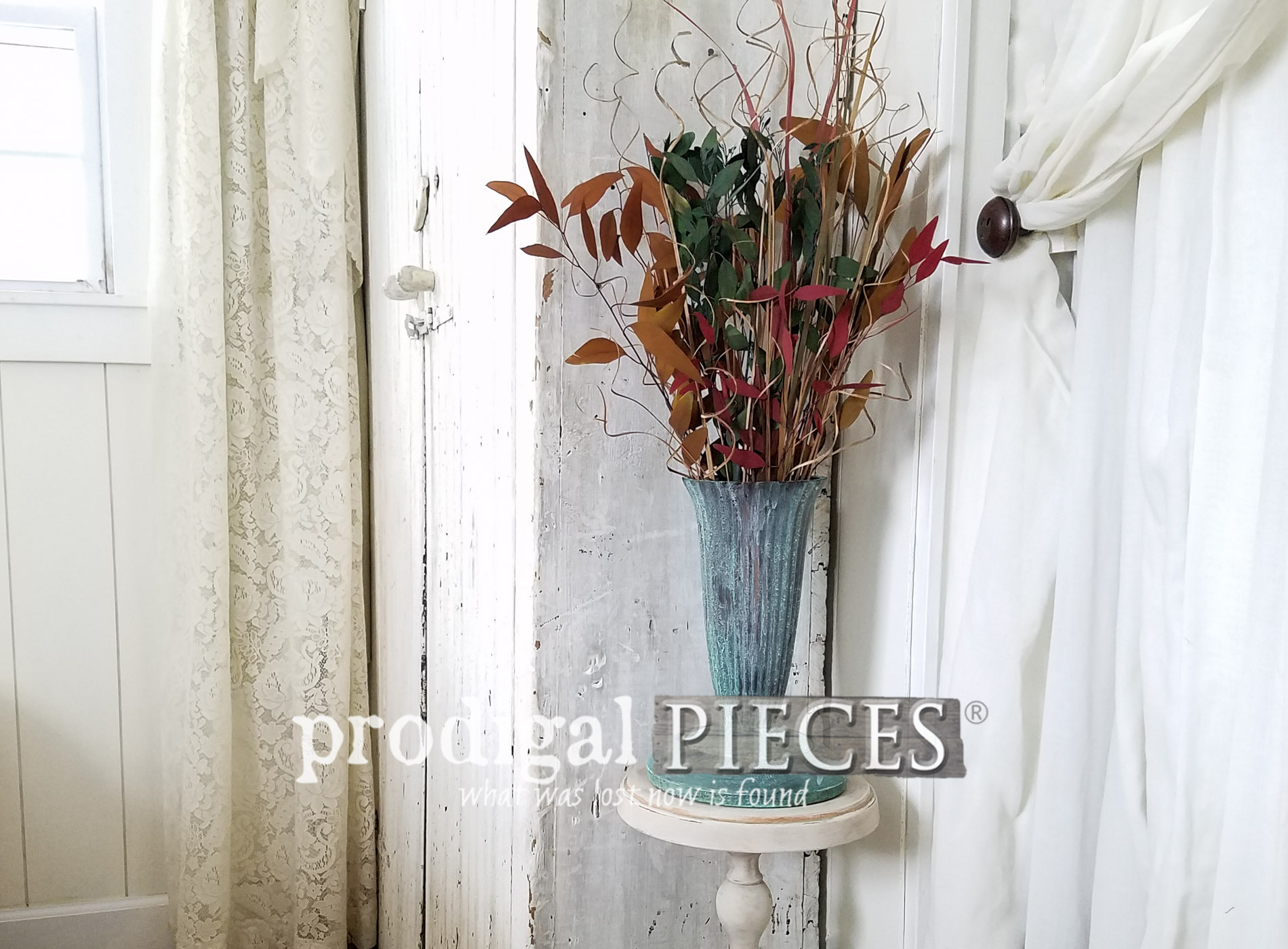 Featured Repurposed Vintage Plant Stand Made from Curbside Finds (aka #trashure) by Larissa of Prodigal Pieces | prodigalpieces.com