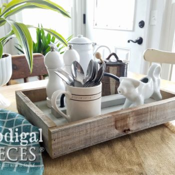 Reclaimed Wood Tote for Farmhouse Decor by Larissa of Prodigal Pieces | prodigalpieces.com
