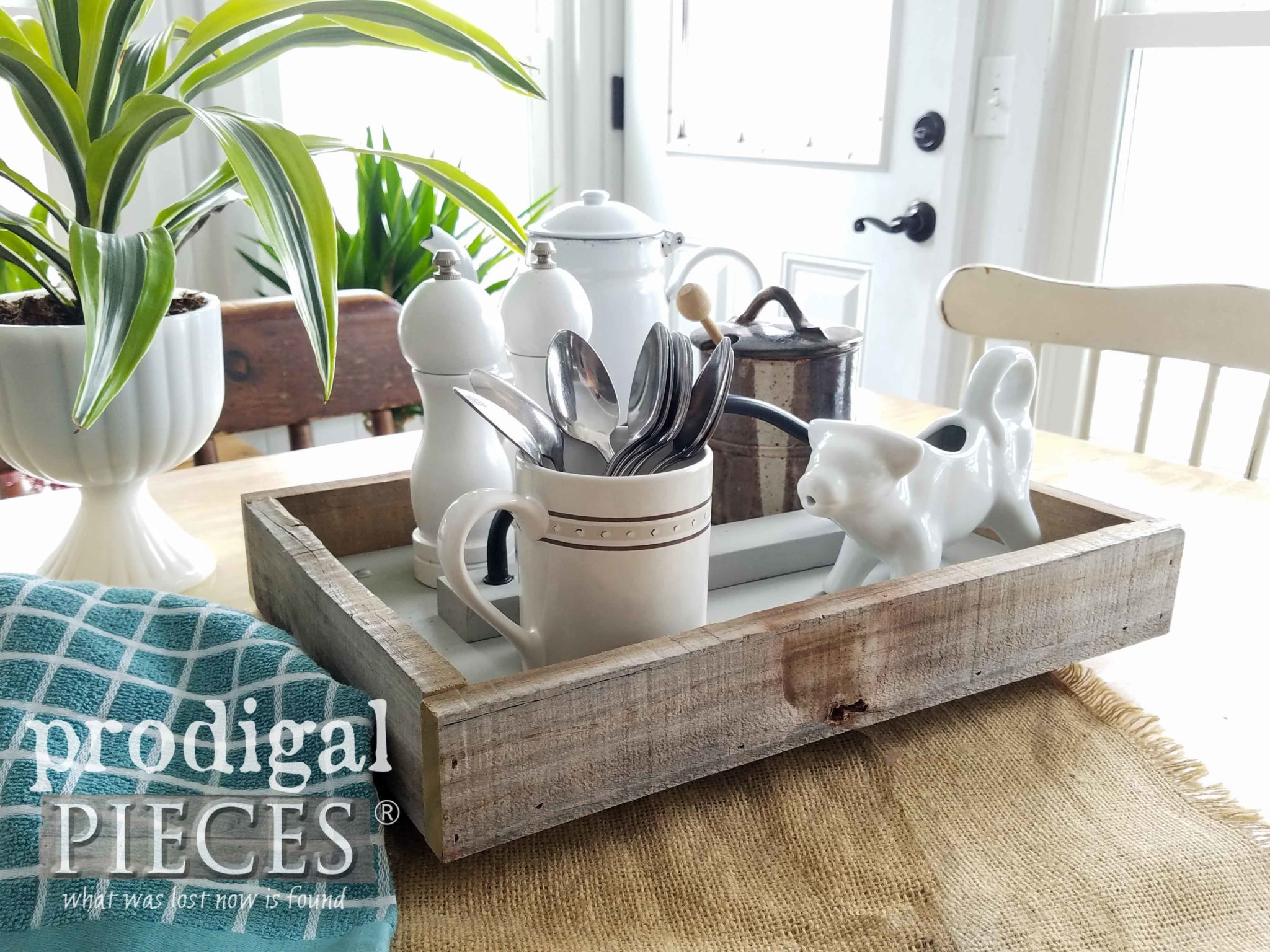 Reclaimed Wood Tray for Farmhouse Decor by Larissa of Prodigal Pieces | prodigalpieces.com