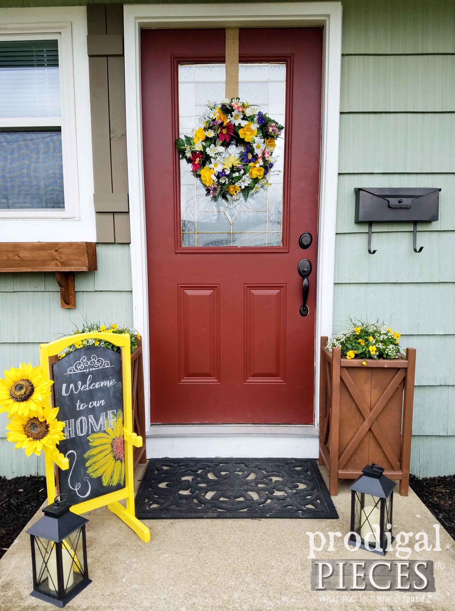 How to Decorate and Welcome Guests with a Spring Front Door using Upcycled Finds by Larissa of Prodigal Pieces | prodigalpieces.com