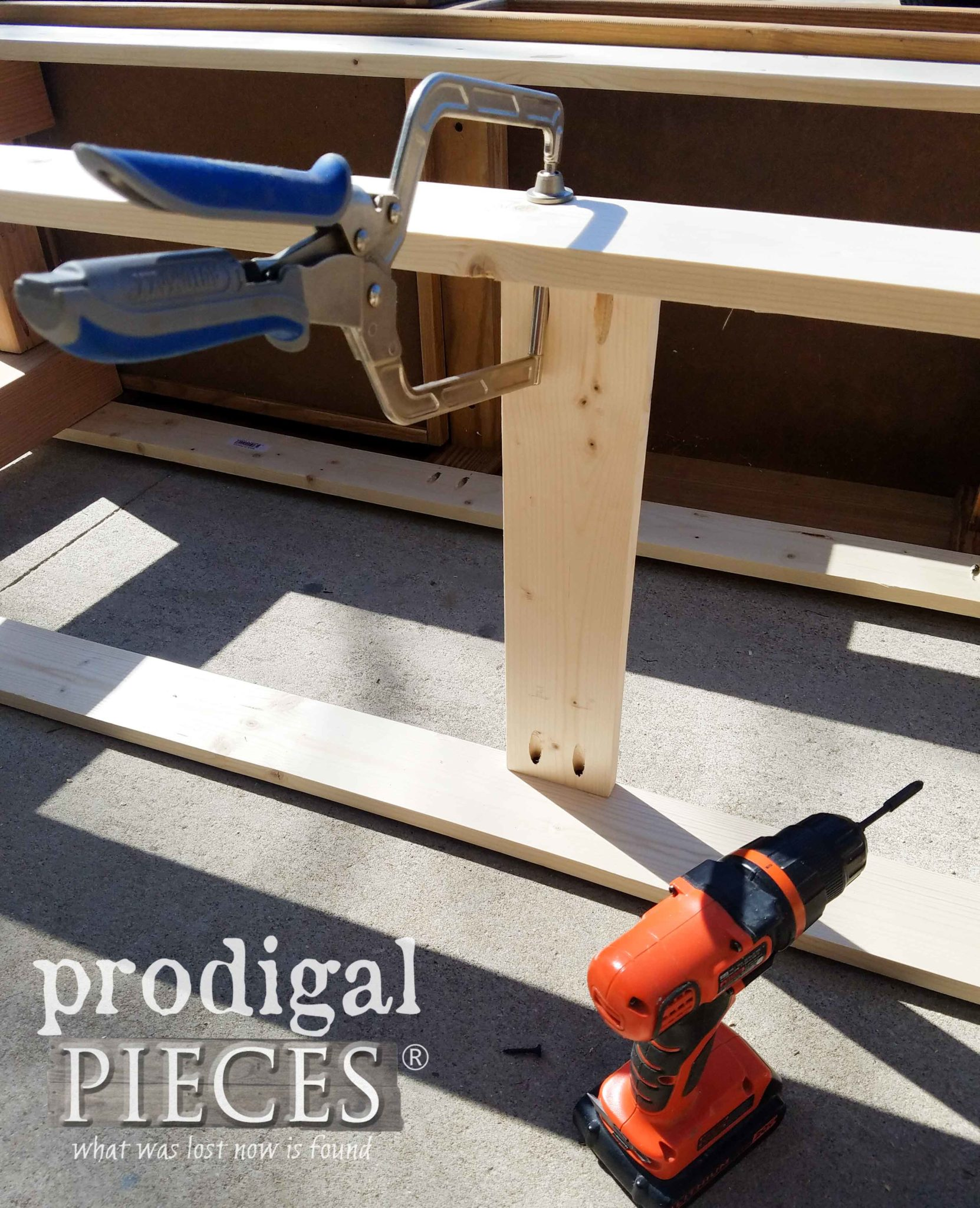 Kreg Automaxx Right Angle Clamp for Pocket Hole Project Builds by Prodigal Pieces | prodigalpieces.com