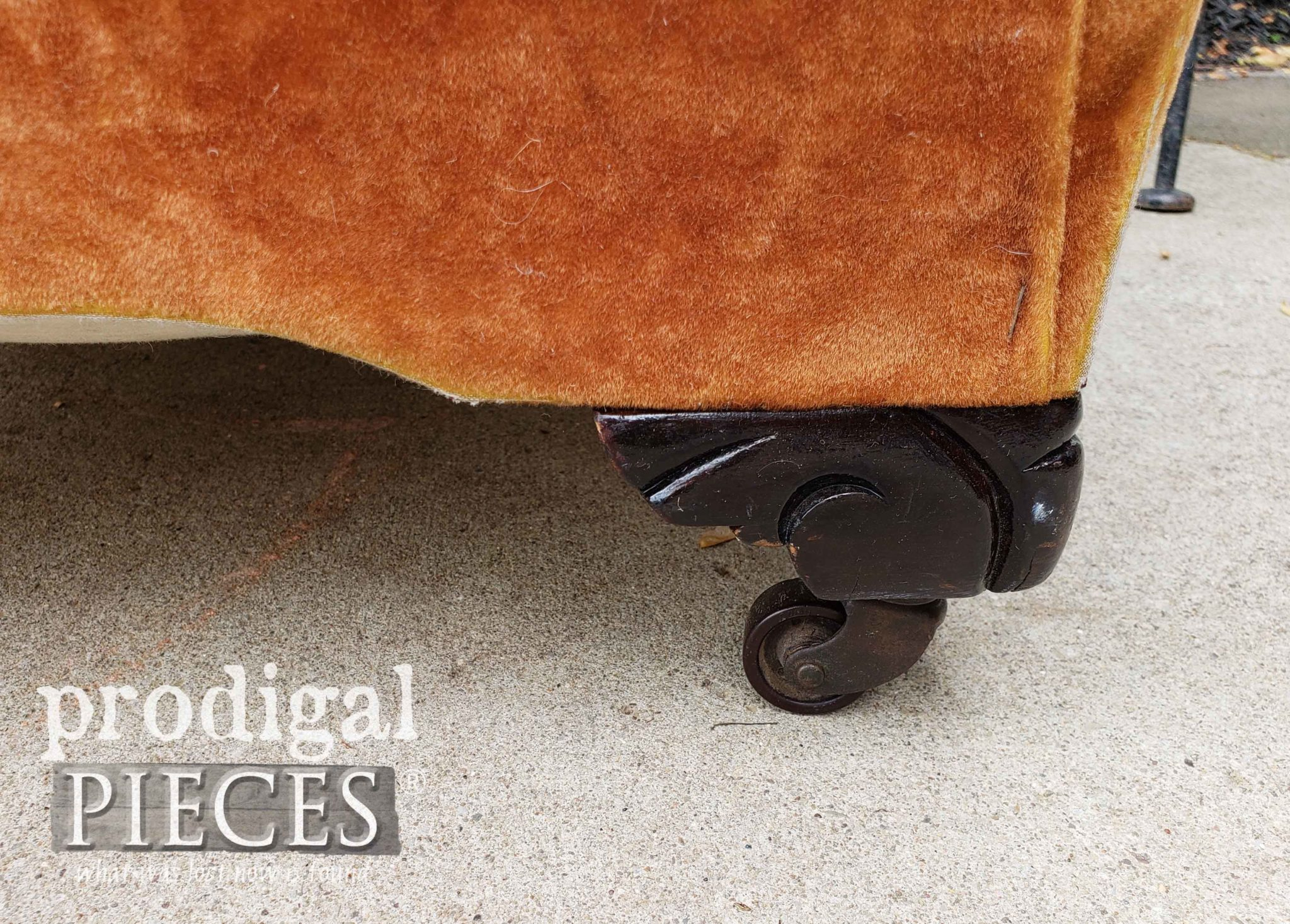 Vintage Ottoman Carved Wooden Feet | prodigalpieces.com