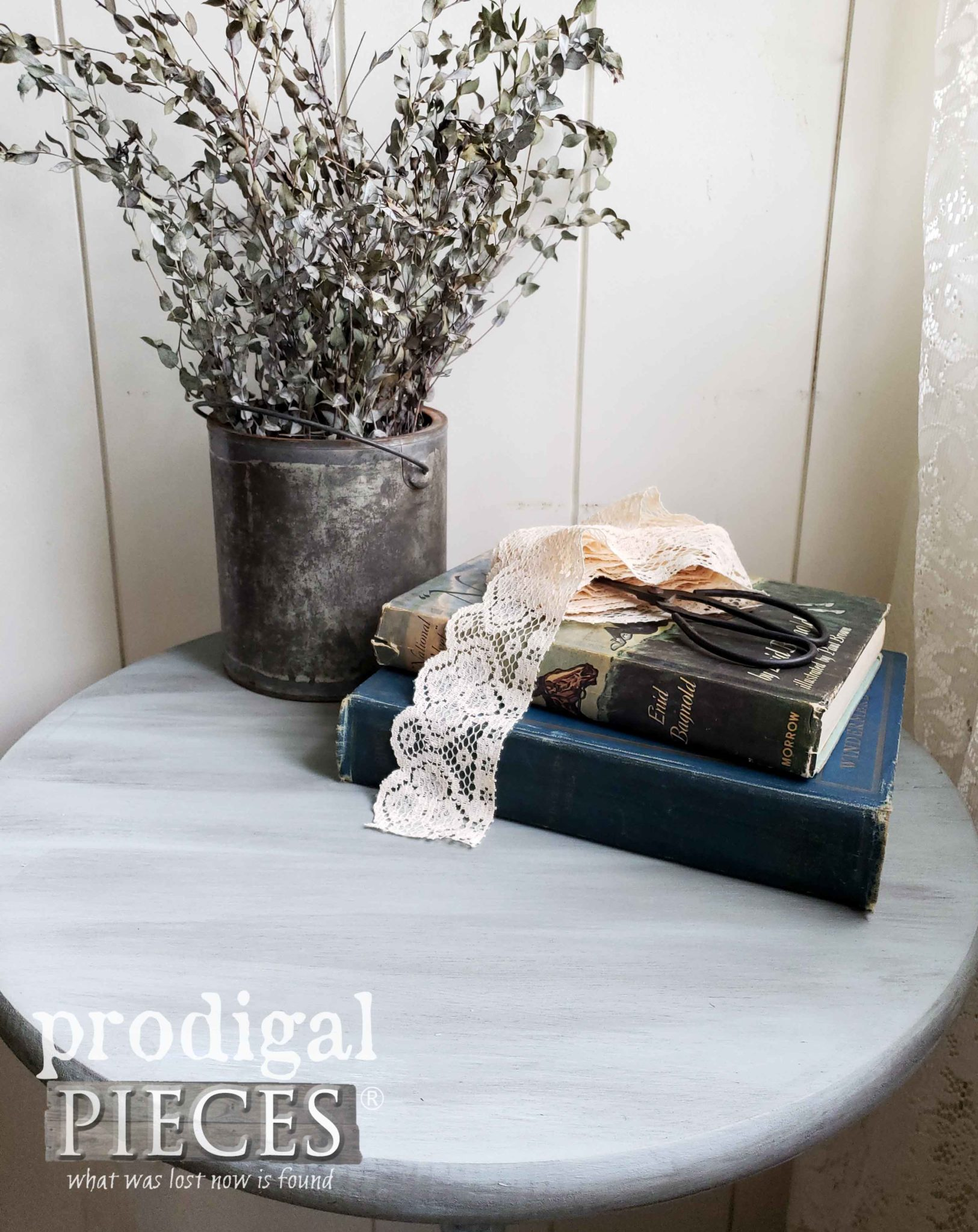 DIY Plant Stand Top with Chalk Paint and Aging Wax by Larissa of Prodigal Pieces | prodigalpieces.com