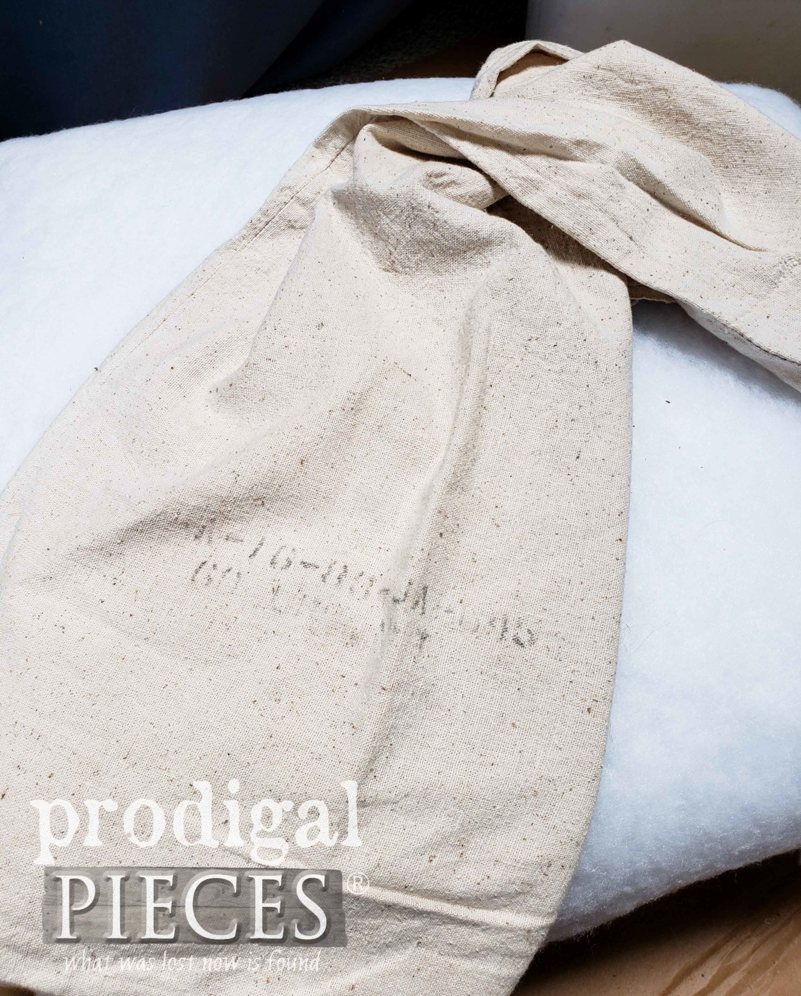 Vintage Farmhouse Feed Sack for Deconstructed Ottoman by Larissa of Prodigal Pieces | prodigalpieces.com