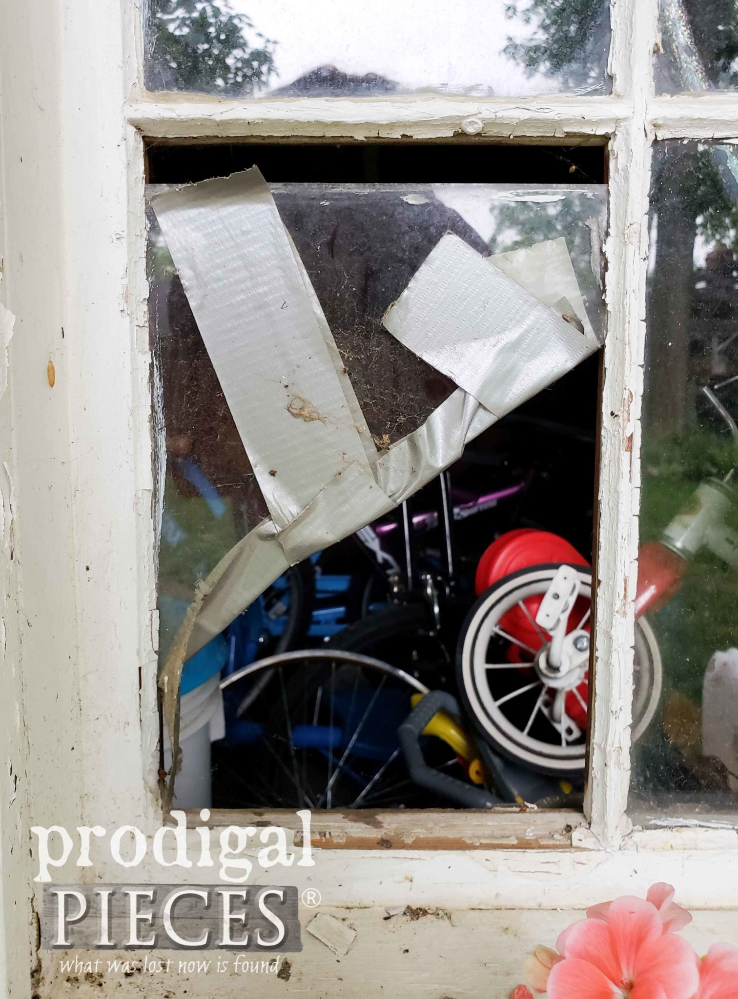 Broken Shed Window | prodigalpieces.com