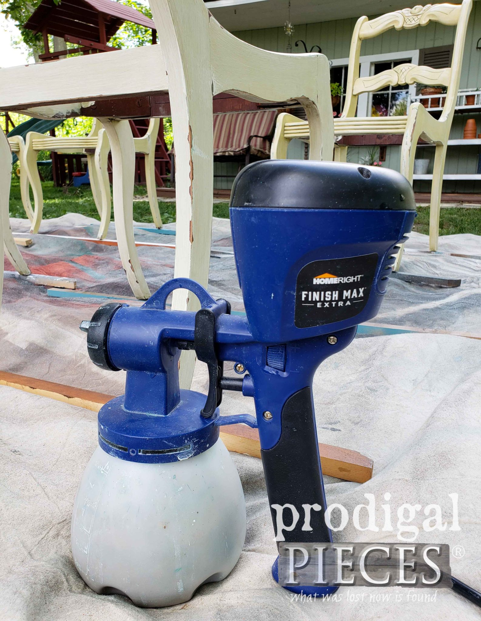 HomeRight Super Finish Max Extra with Interchangeable Tips for Paint and Stain | prodigalpieces.com