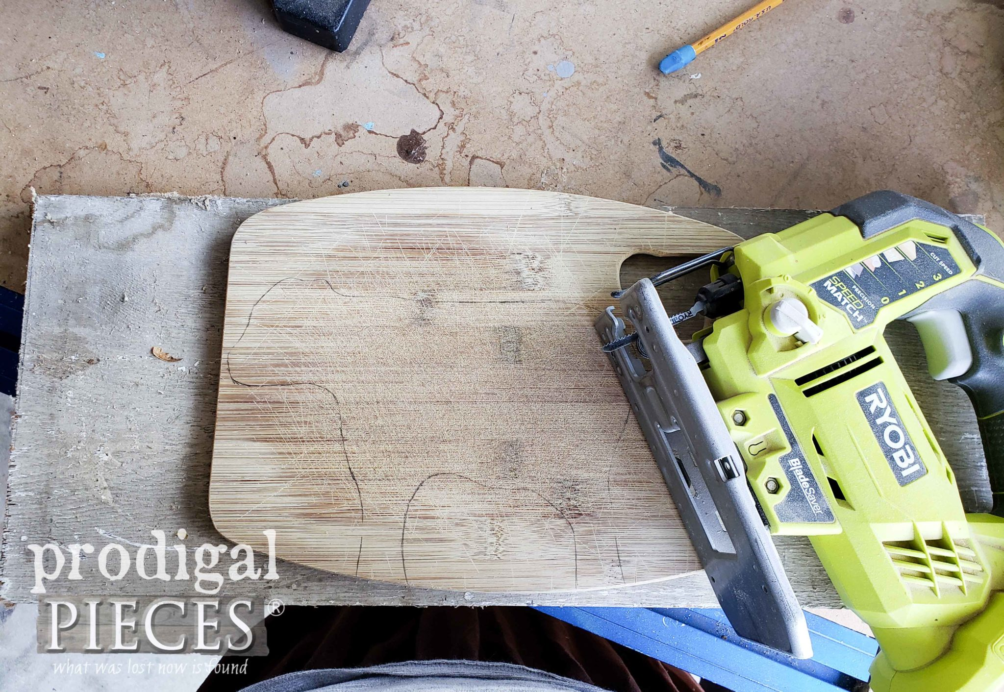 Ryobi Jigsaw to Cut Wooden Cutting Board by Prodigal Pieces | prodigalpieces.com