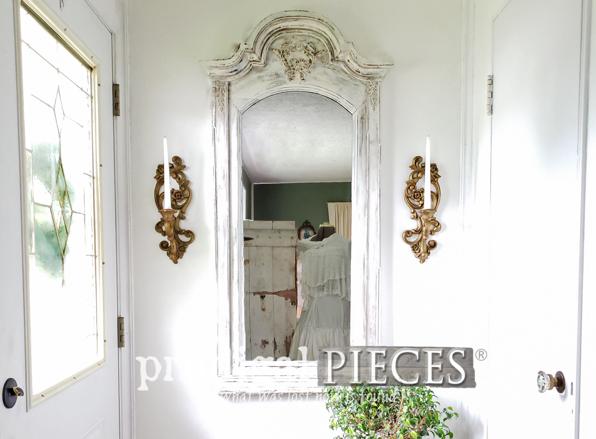 Featured Upcycled Dresser Mirror into Beautiful Entry Decor by Larissa of Prodigal Pieces | prodigalpieces.com