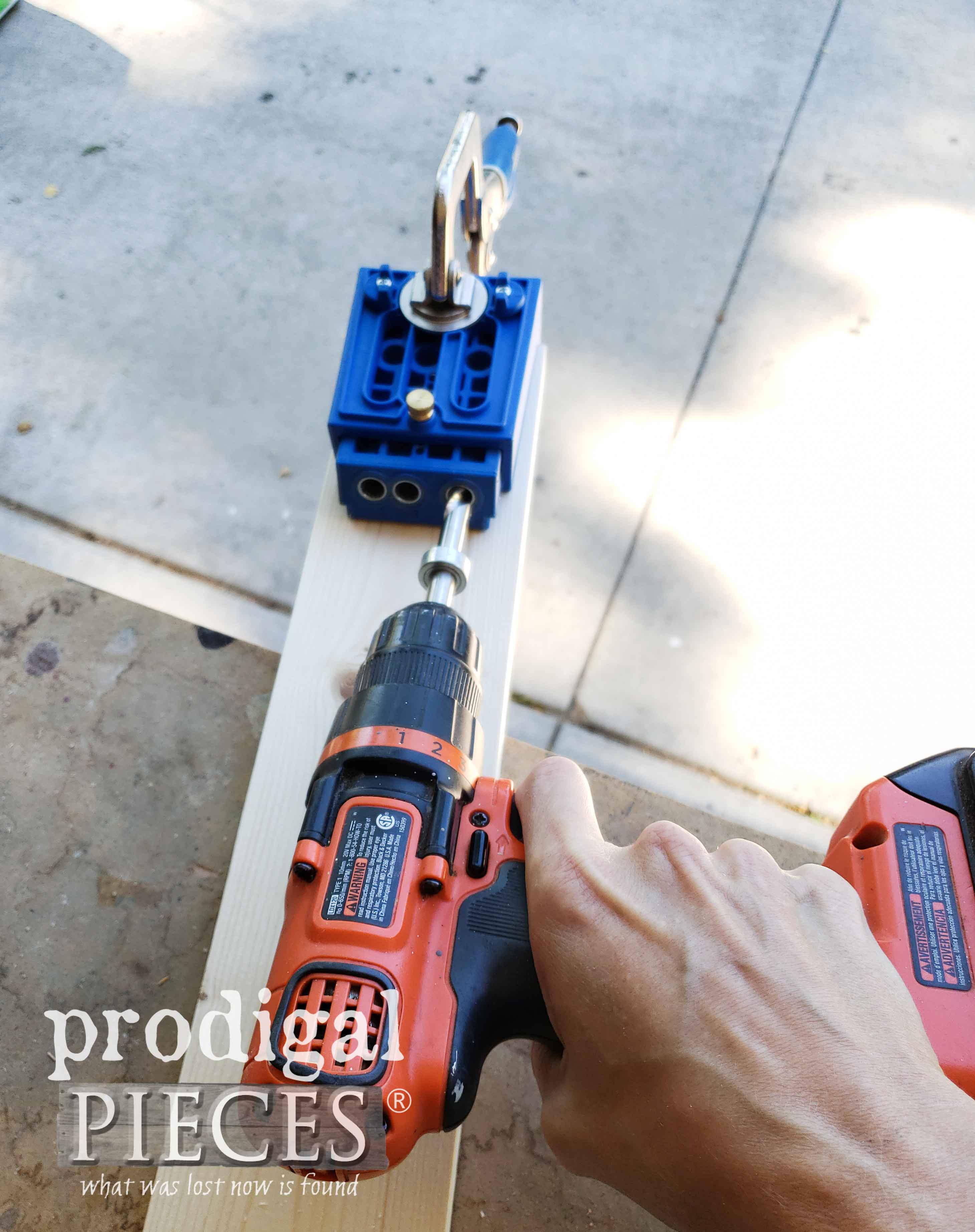 Kreg Jig Pocket Hole Jig for Headboard Bench by Prodigal Pieces | prodigalpieces.com