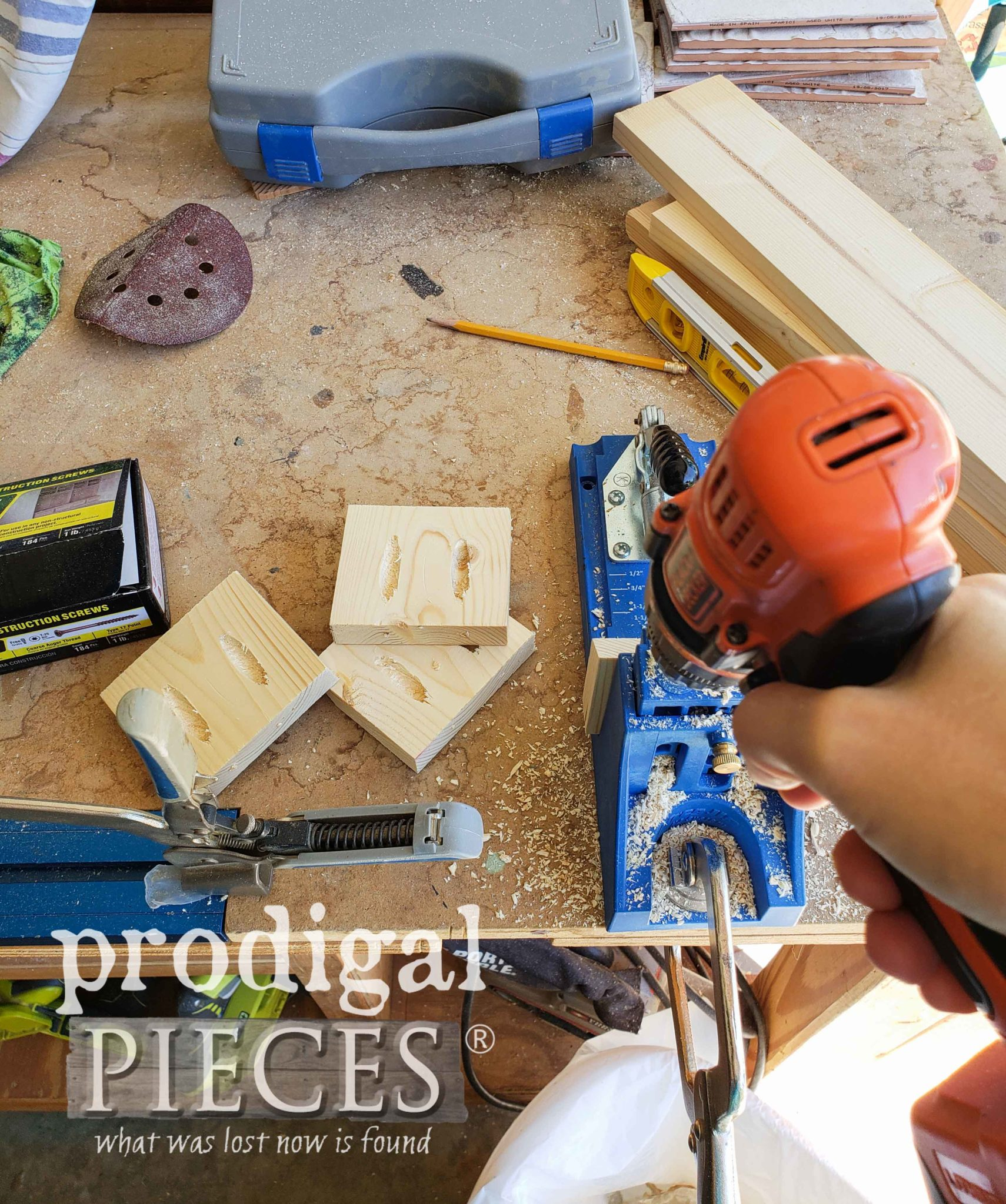 Kreg Pocket Hole Jig to Build Headboard Bench by Prodigal Pieces | prodigalpieces.com
