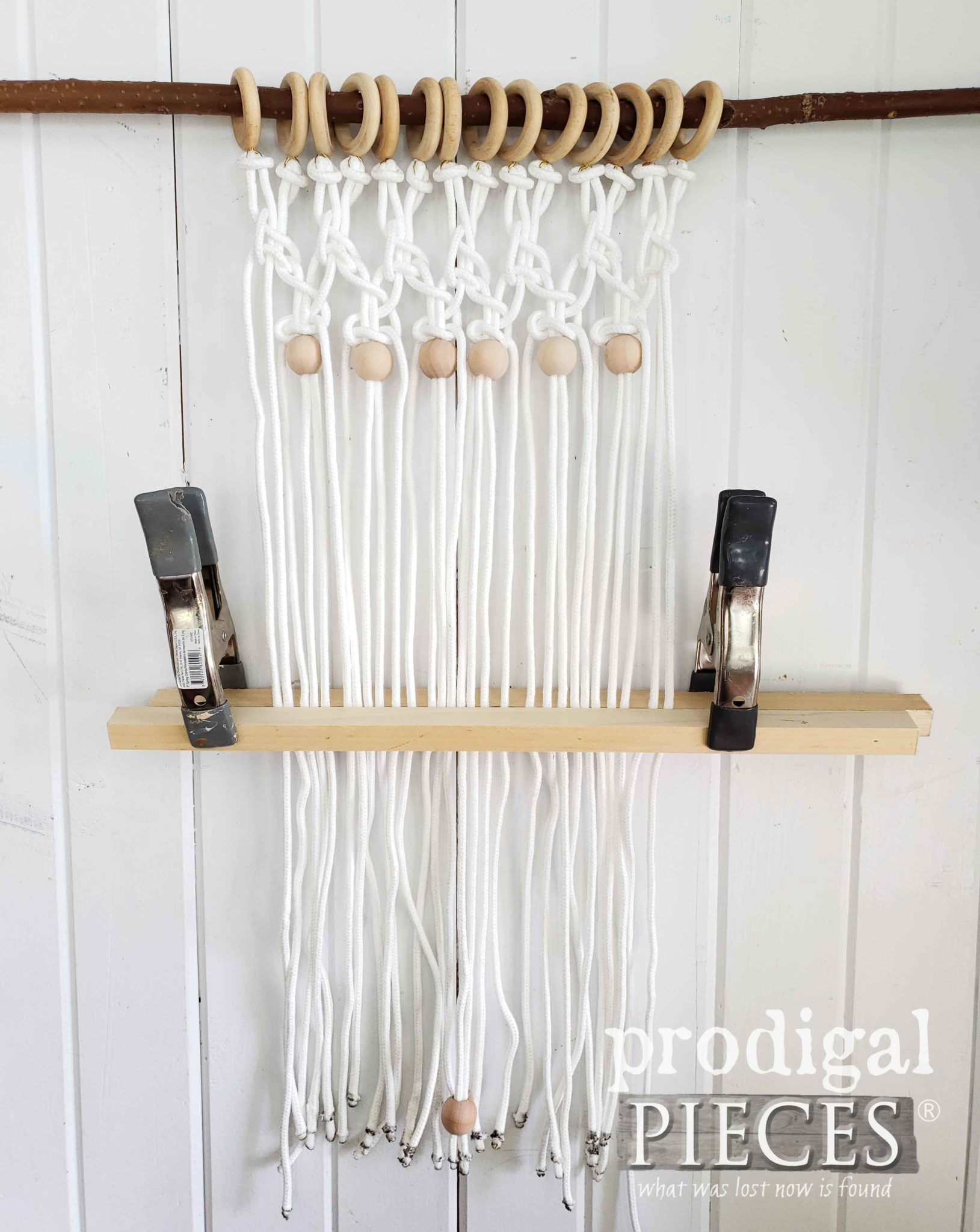 How to Cut Macrame Wall Art Evenly by Prodigal Pieces | prodigalpieces.com