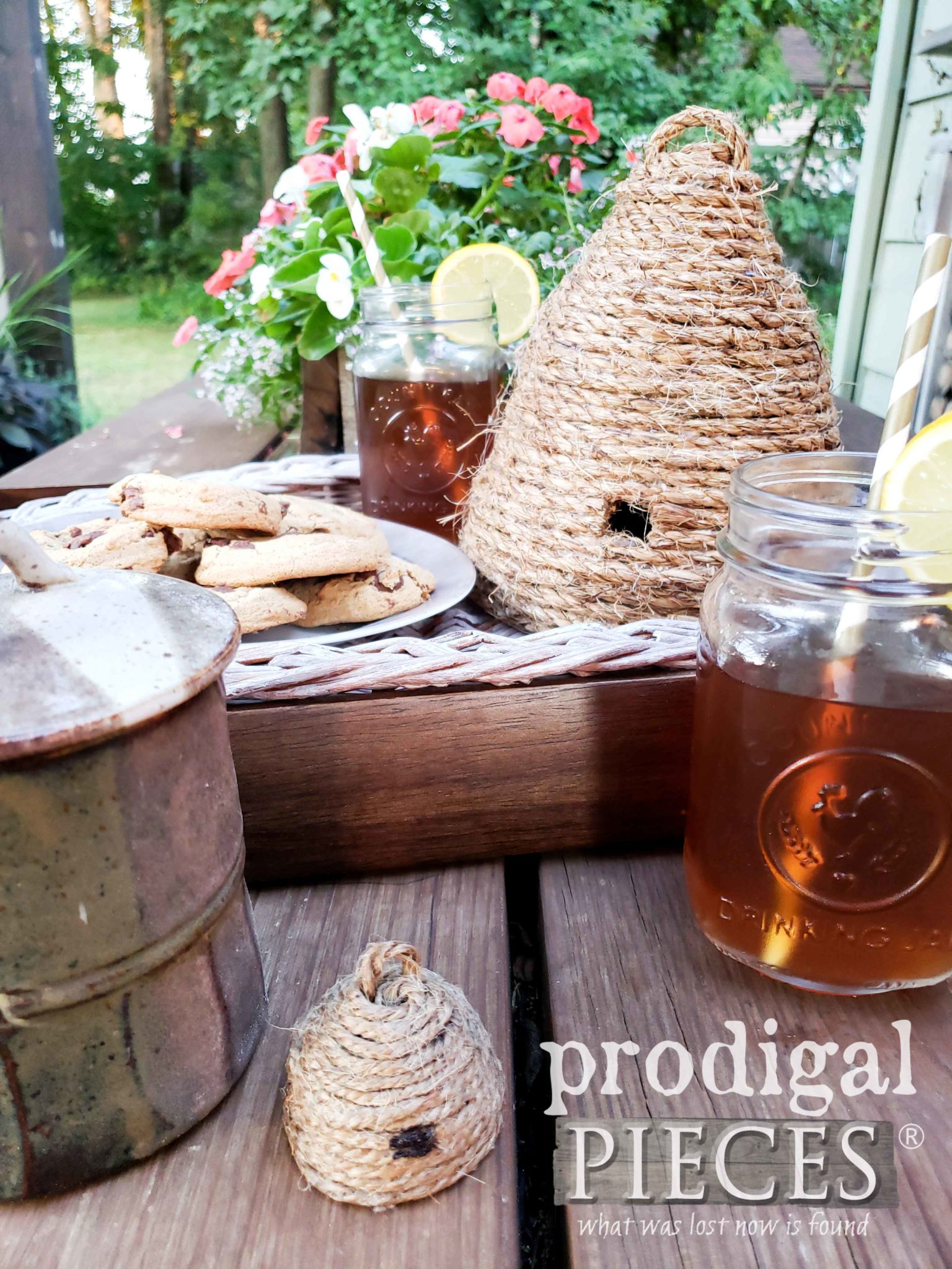 DIY Miniature Bee Skep by Prodigal Pieces | prodigalpieces.com