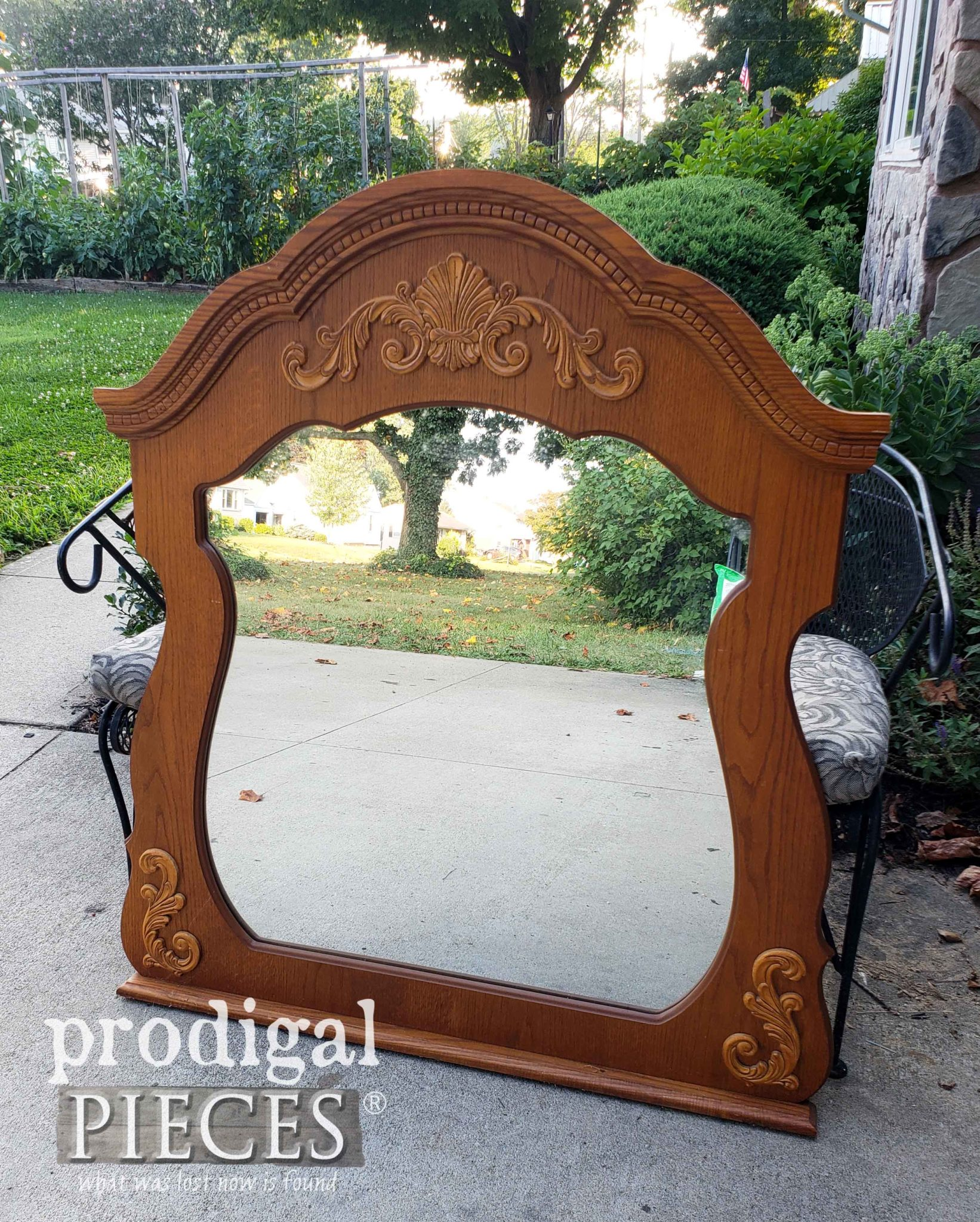 Cast-off Dresser Mirror Upcycled by Larissa of Prodigal Pieces | prodigalpieces.com