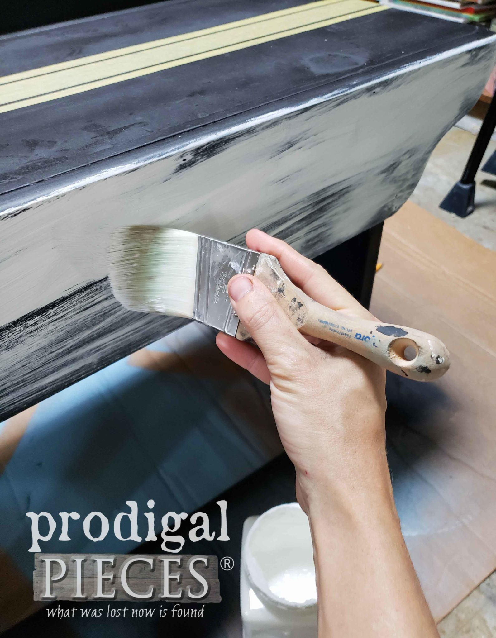 Dry Brush Painting Farmhouse Benches| by Prodigal Pieces | prodigalpieces.com