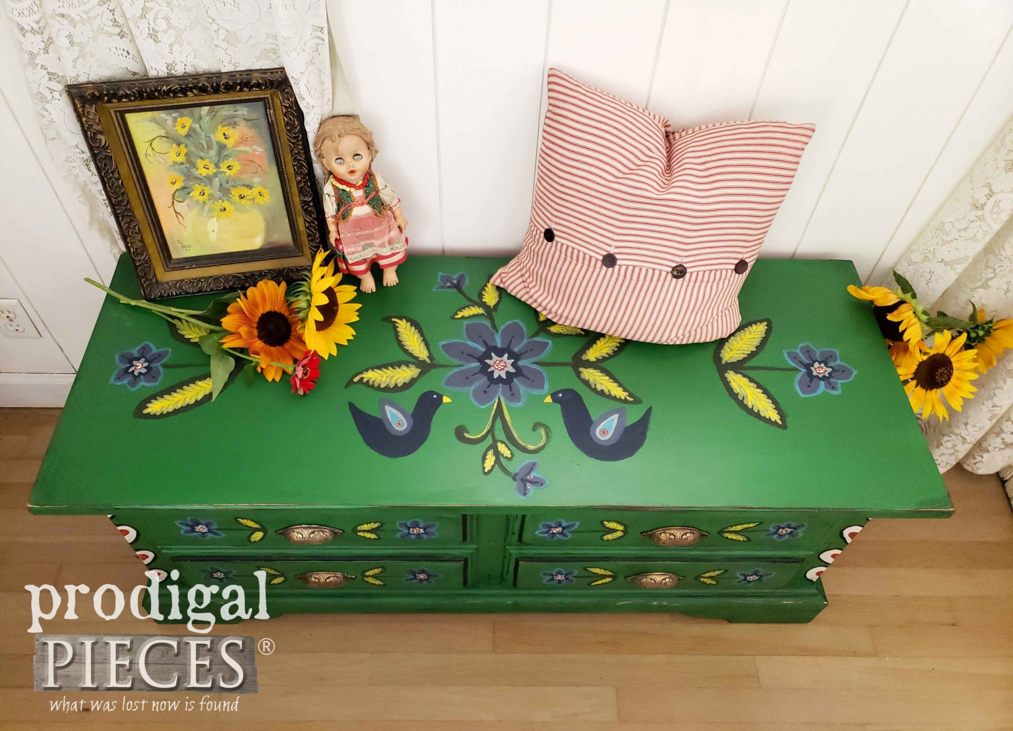 Top of Folk Art Painted Blanket Chest by Larissa of Prodigal Pieces | prodigalpieces.com