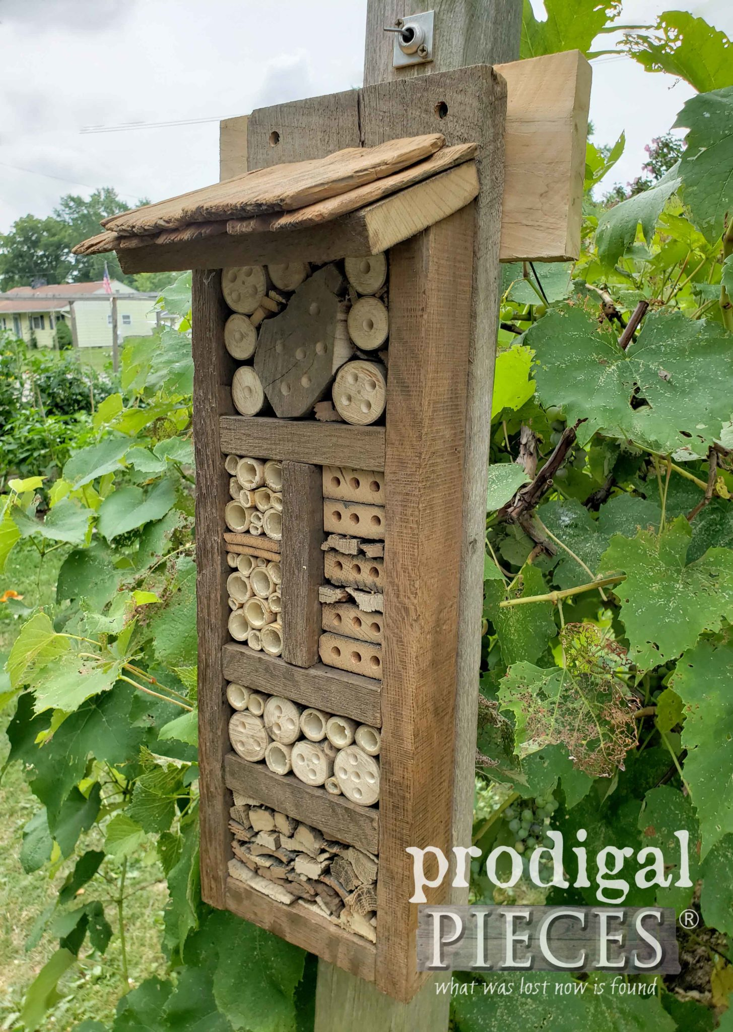 Handmade Bee Hotel for Encouraging Garden Pollinators | Prodigal Pieces | prodigalpieces.com