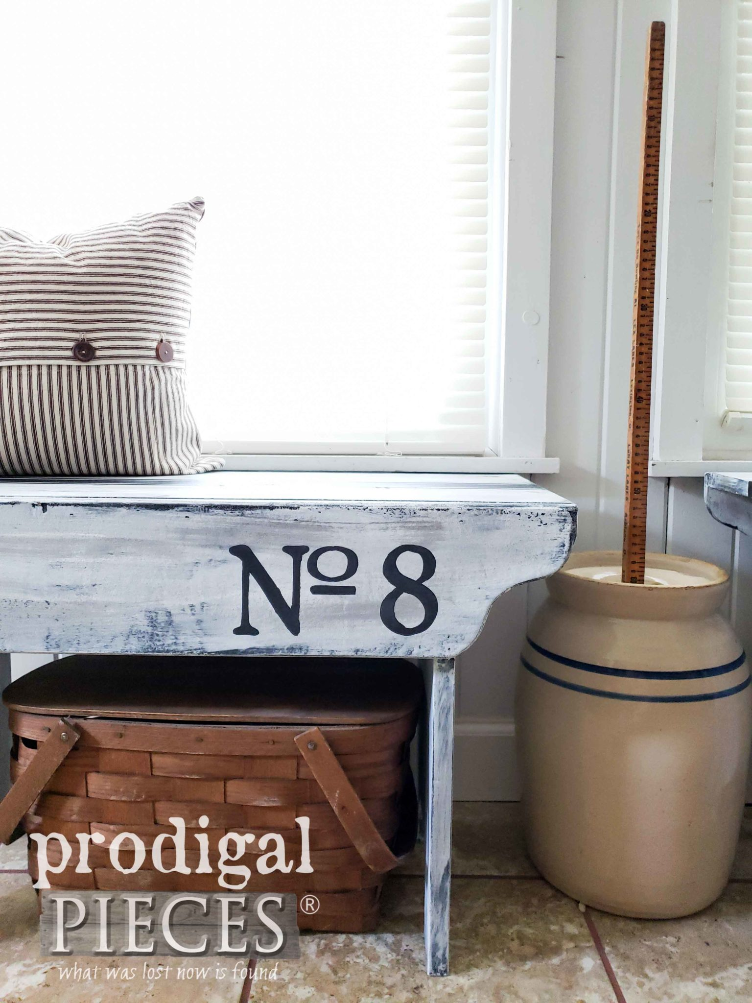 No. 8 Primitive Entry Bench by Larissa of Prodigal Pieces | prodigalpieces.com