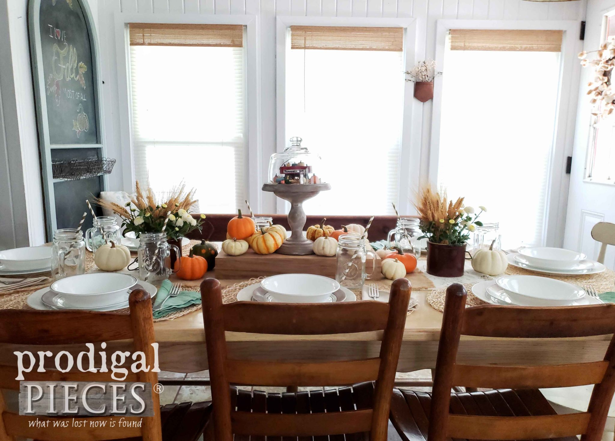 Farmhouse Fall Tablescape Using Thrifted Finds Made New, Reclaimed Wood, and Natural Elements by Larissa of Prodigal Pieces | prodigalpieces.com #prodigalpieces #home #homedecor #diy #fall #handmade