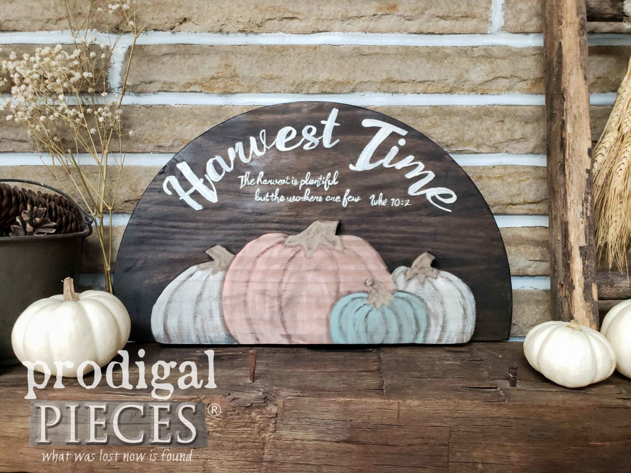 """The Harvest is Plentiful, but the Workers are Few"" ~ DIY Harvest Time Sign by Larissa of Prodigal Pieces 