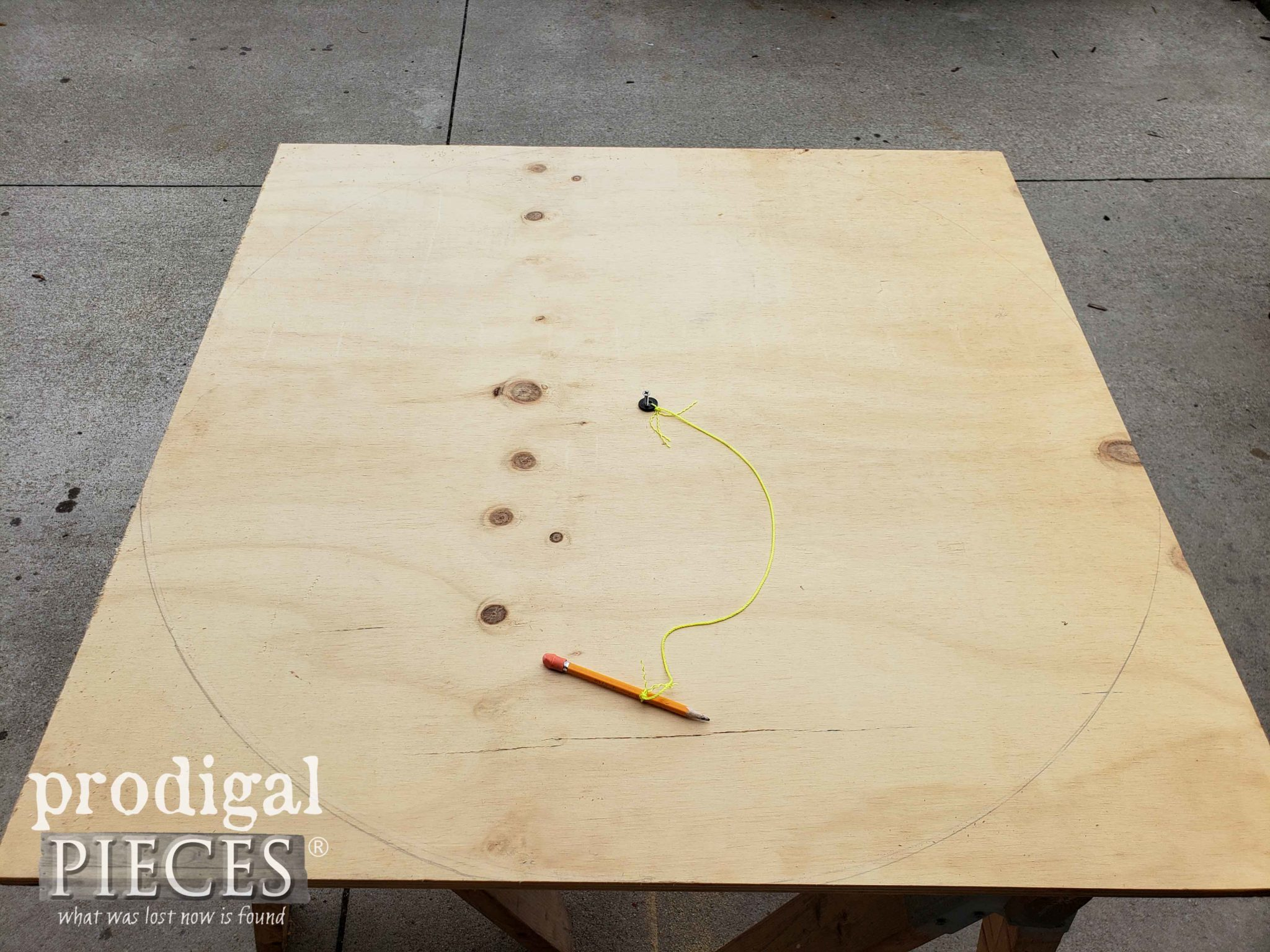 Drawn Plywood Circle for DIY Furniture Lazy Susan | prodigalpieces.com
