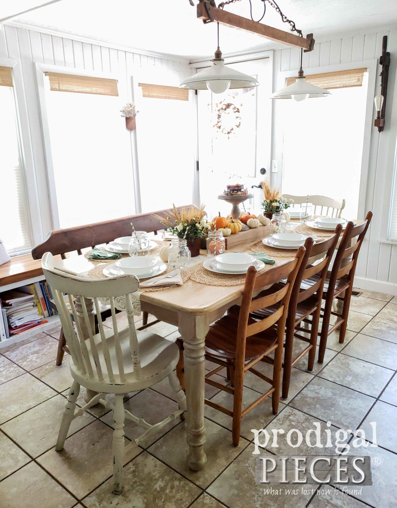 Rustic Farmhouse Dining Room Fall Tablescape by Larissa of Prodigal Pieces | prodigalpieces.com