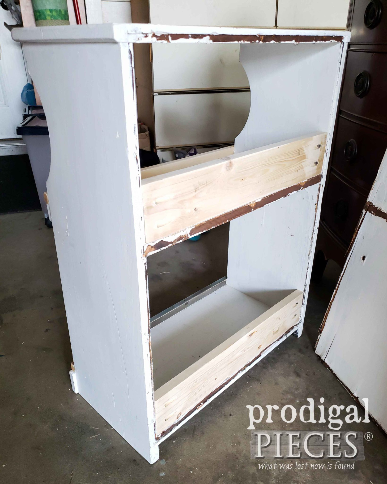 Upcycled Bookcase with Back Supports Added | prodigalpieces.com