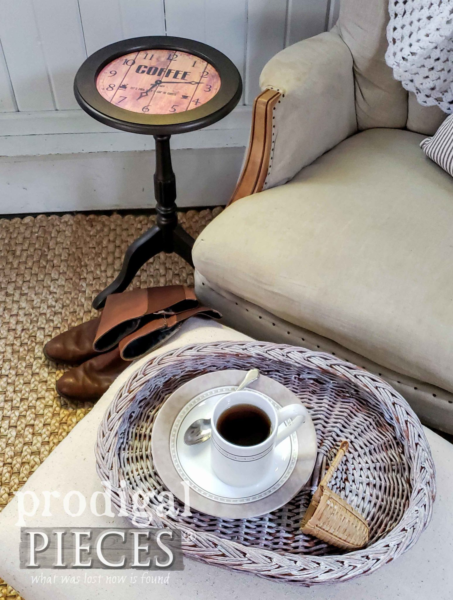 Cozy Farmhouse Style with DIY Clock Face Table by Larissa of Prodigal Pieces | prodigalpieces.com