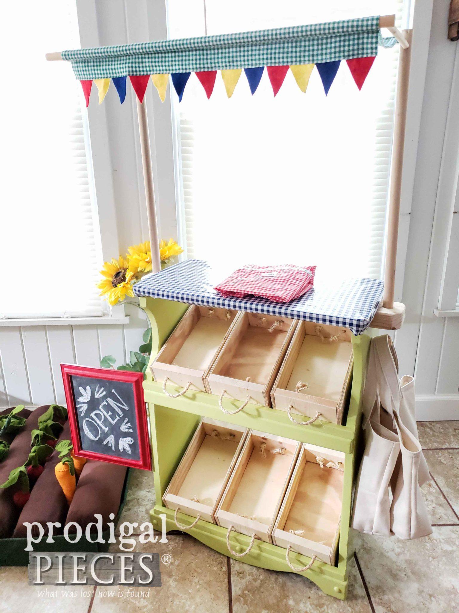 Adorable Handmade Kids Pretend Farmer's Market Created by Larissa of Prodigal Pieces | prodigalpieces.com