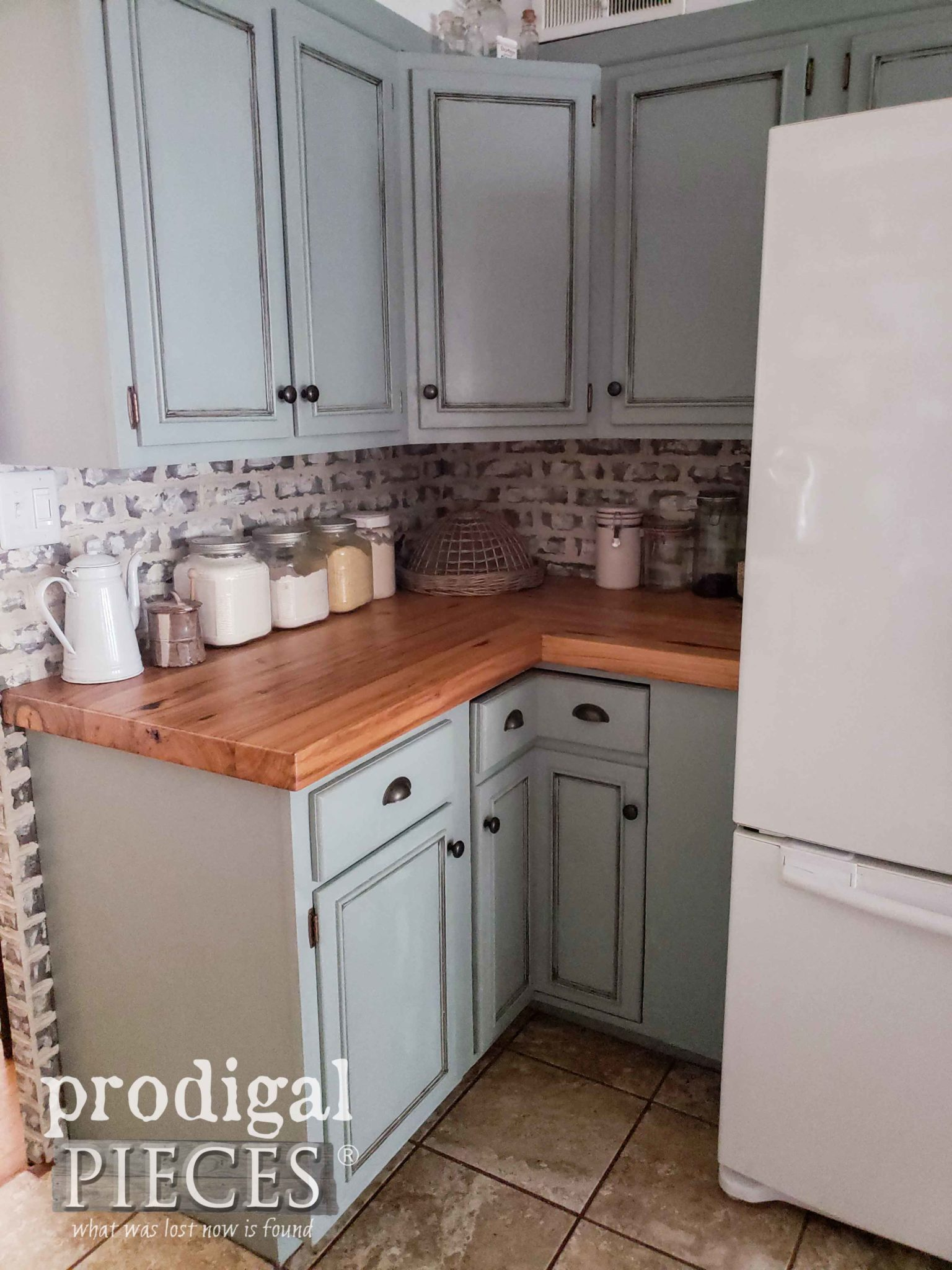 Corner Cupboards in Farmhouse Kitchen by Prodigal Pieces | prodigalpieces.com