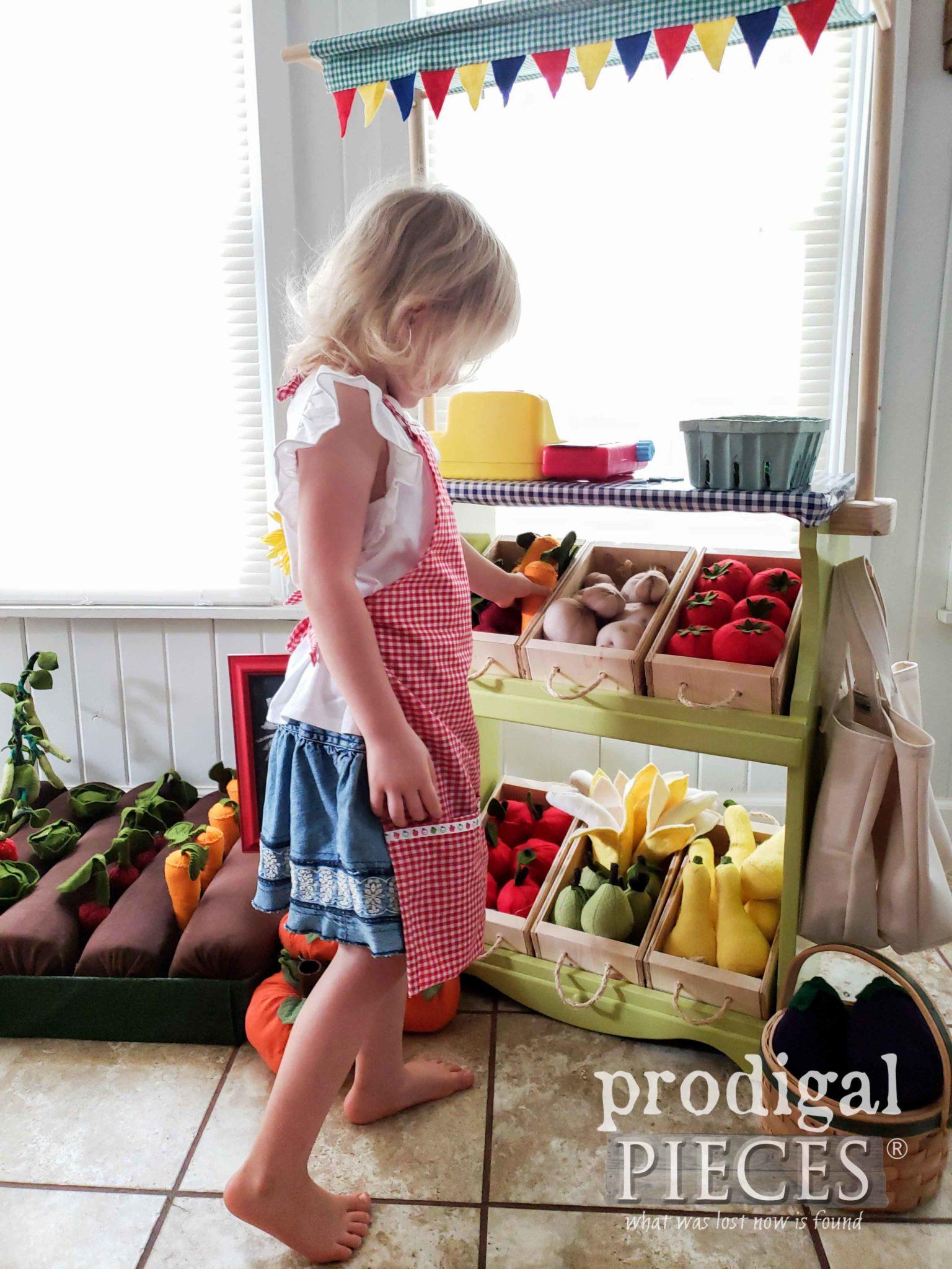 Pretend Play Farmer's Market made by Larissa of Prodigal Pieces | prodigalpieces.com