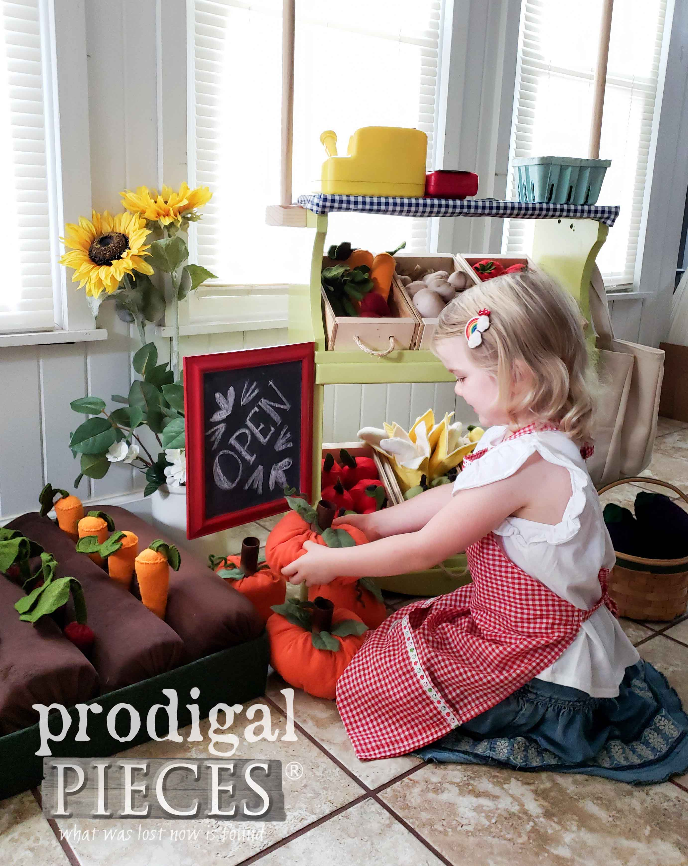 Kids Pretend Play is so fun in this Upcycled Bookcase Farmer's Market made by Larissa of Prodigal Pieces | prodigalpieces.com