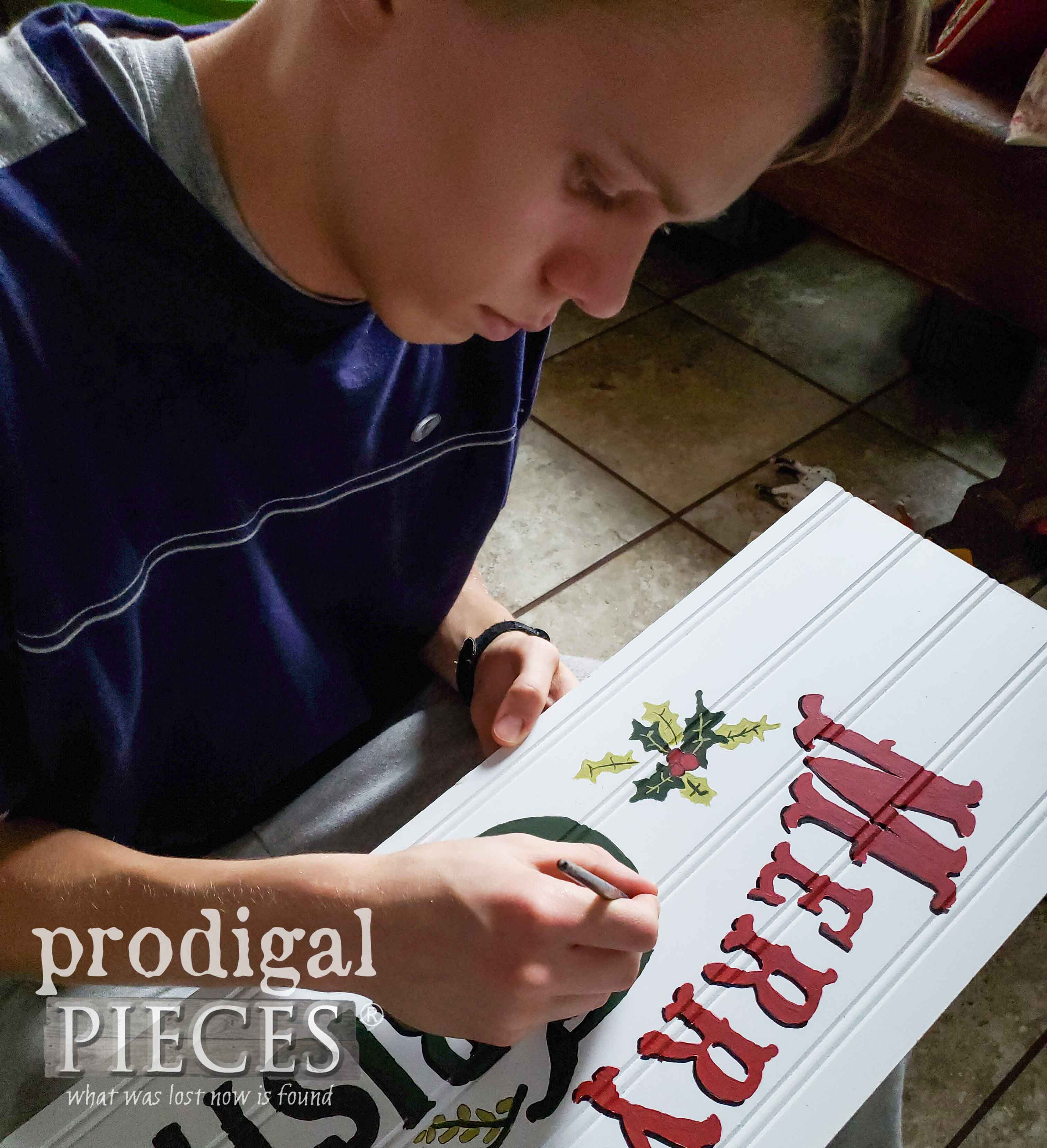 Hand-Painting Vintage Style Sign | prodigalpieces.com