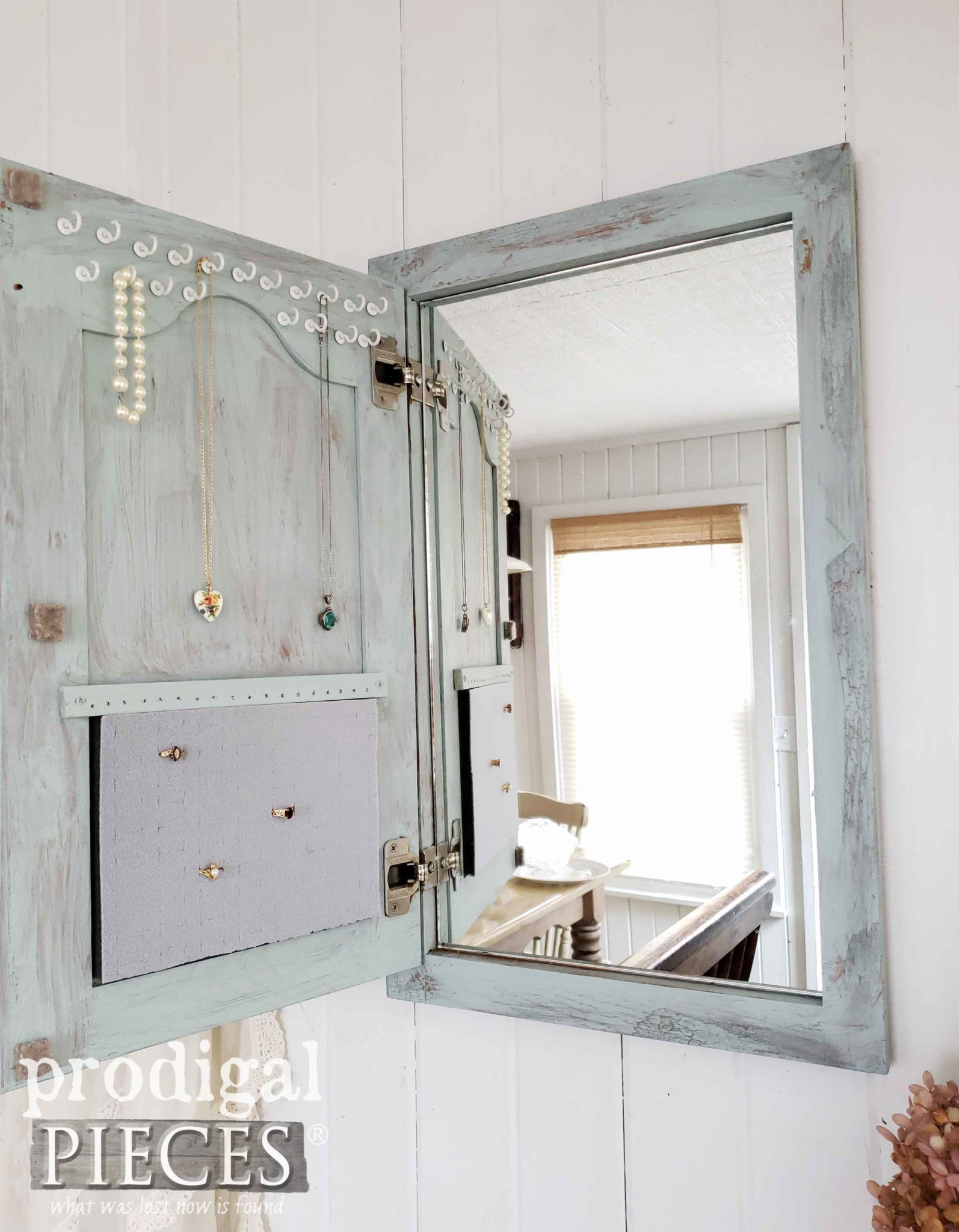 Inside Cottage Shabby Chic Jewelry Organizer by Prodigal Pieces | prodigalpieces.com