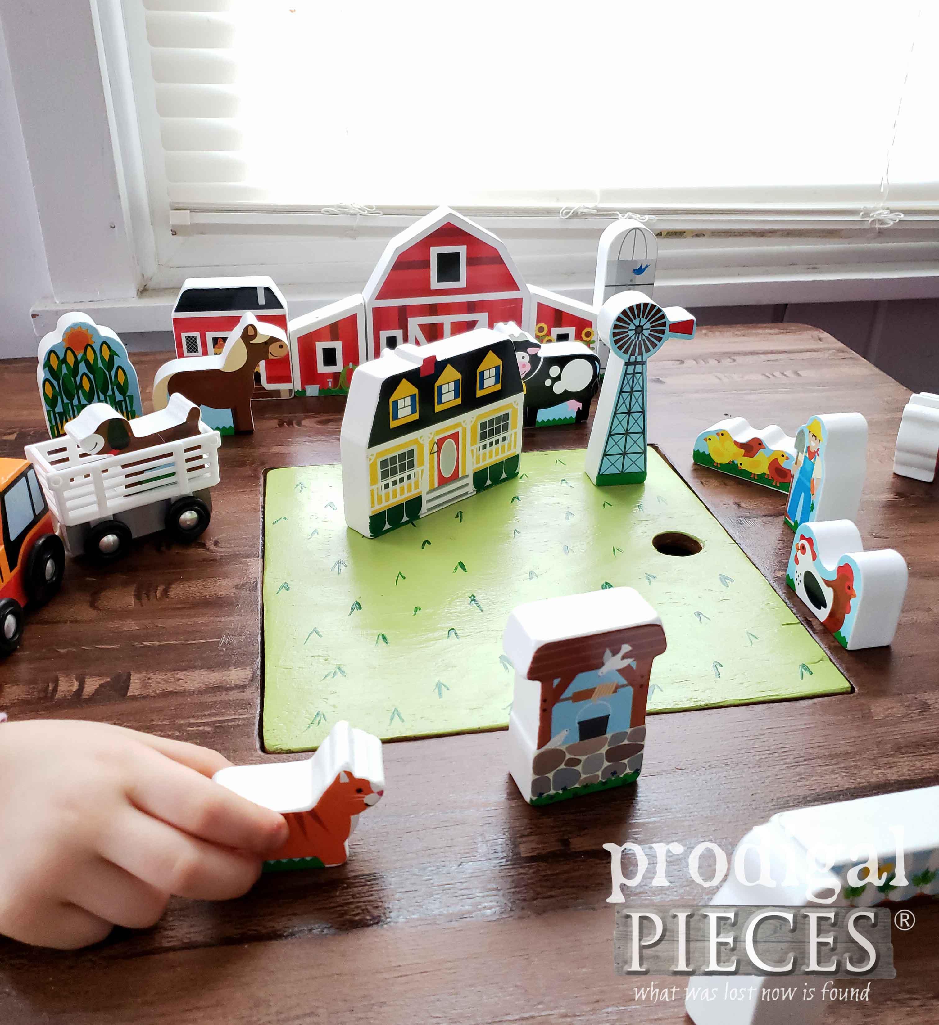 Pretend Play Farm Set by Melissa & Doug | Prodigal Pieces | prodigalpieces.com