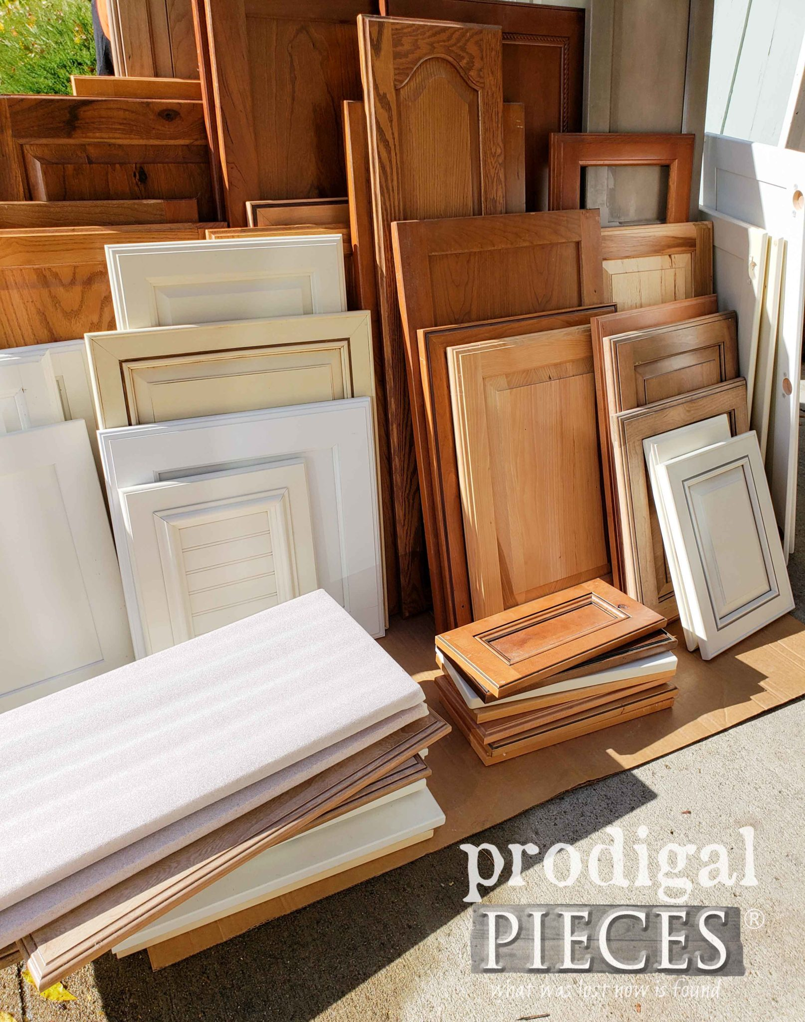 Second-Hand Cupboard Doors for Upcycling Projects | prodigalpieces.com