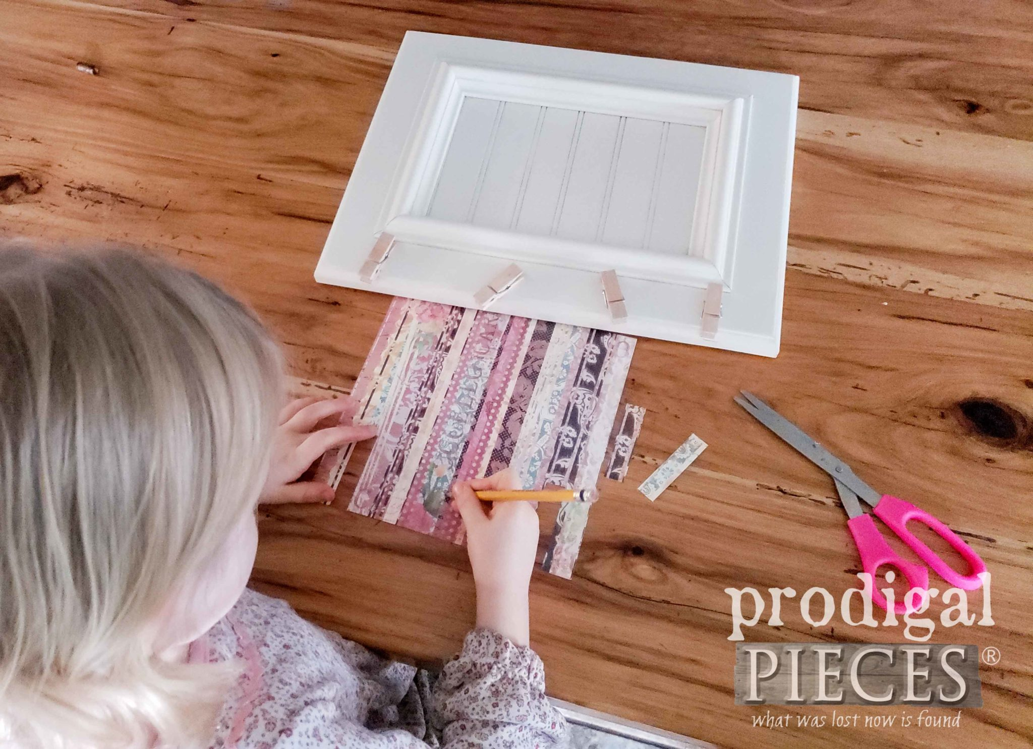 Toddler Creating Memory Photo Holder | prodigalpieces.com