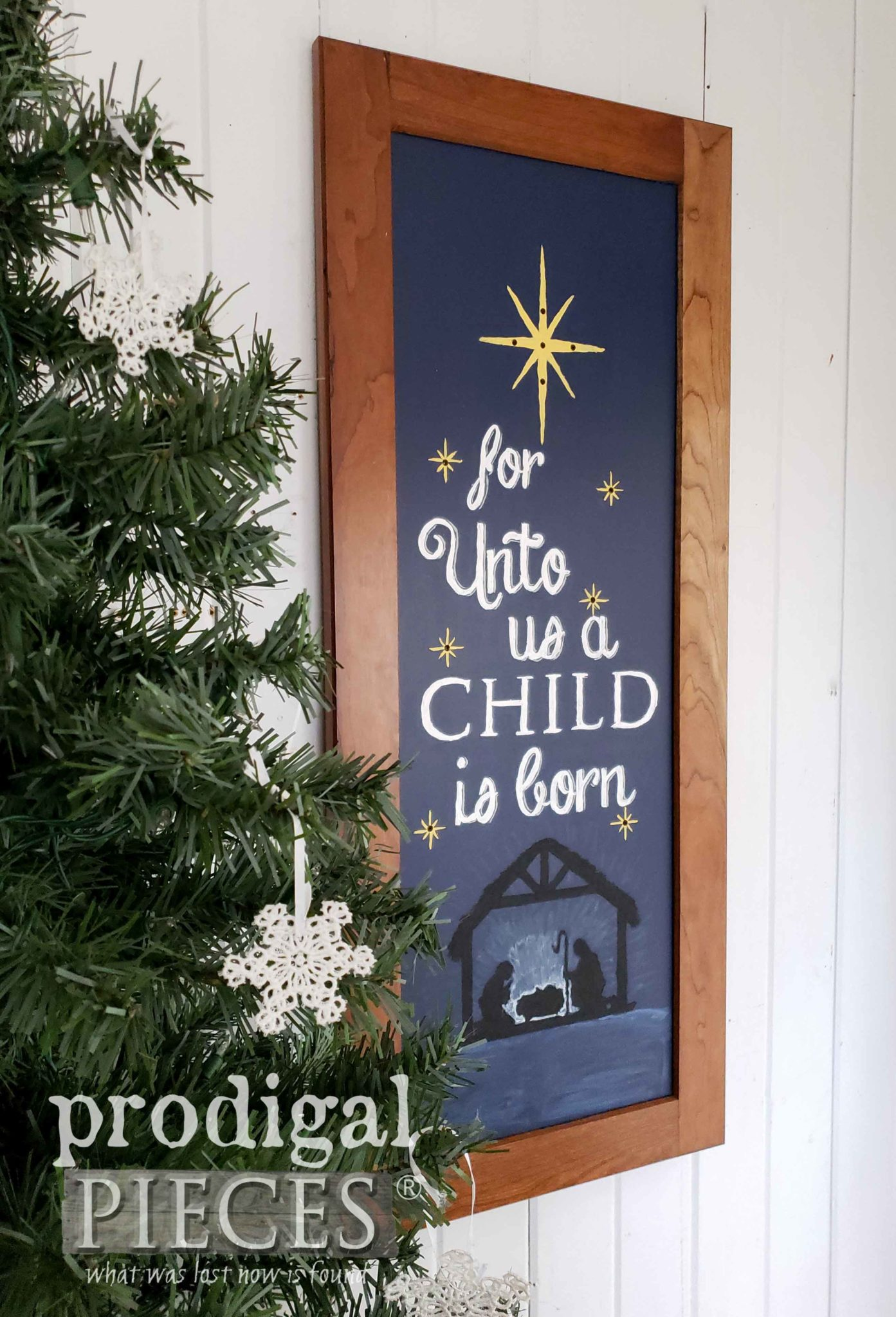 For Unto Us a Child is Born | Wall Art Tutorial by Prodigal Pieces Kids Create | prodigalpieces.com