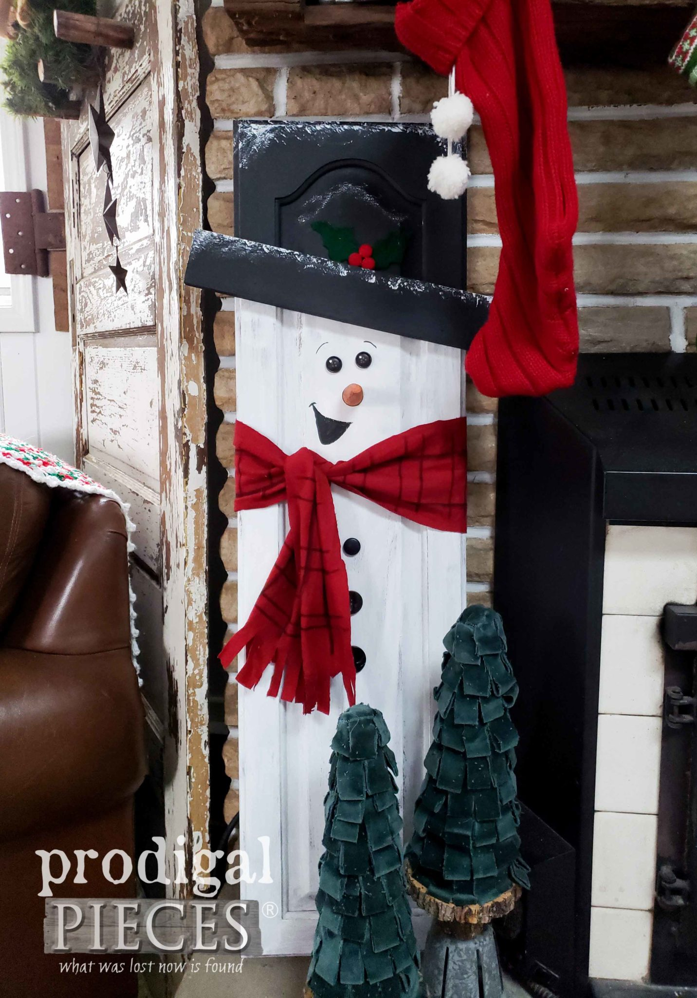 Create this Upcycled Snowman Art with the Tutorial by Prodigal Pieces Kids Create | prodigalpieces.com