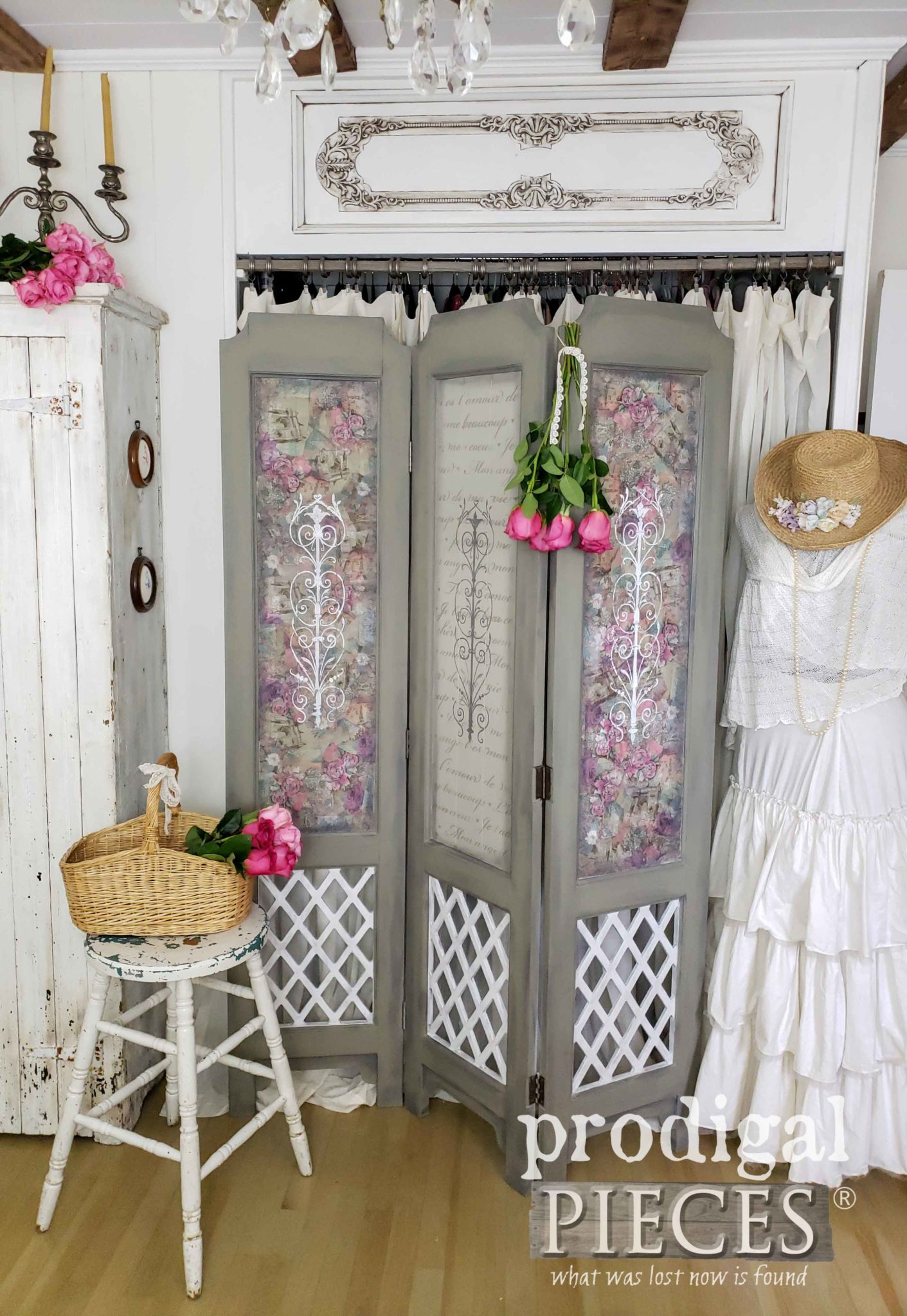 Vintage Folding Screen with Paper & Paint Makeover by Larissa of Prodigal Pieces | prodigalpieces.com