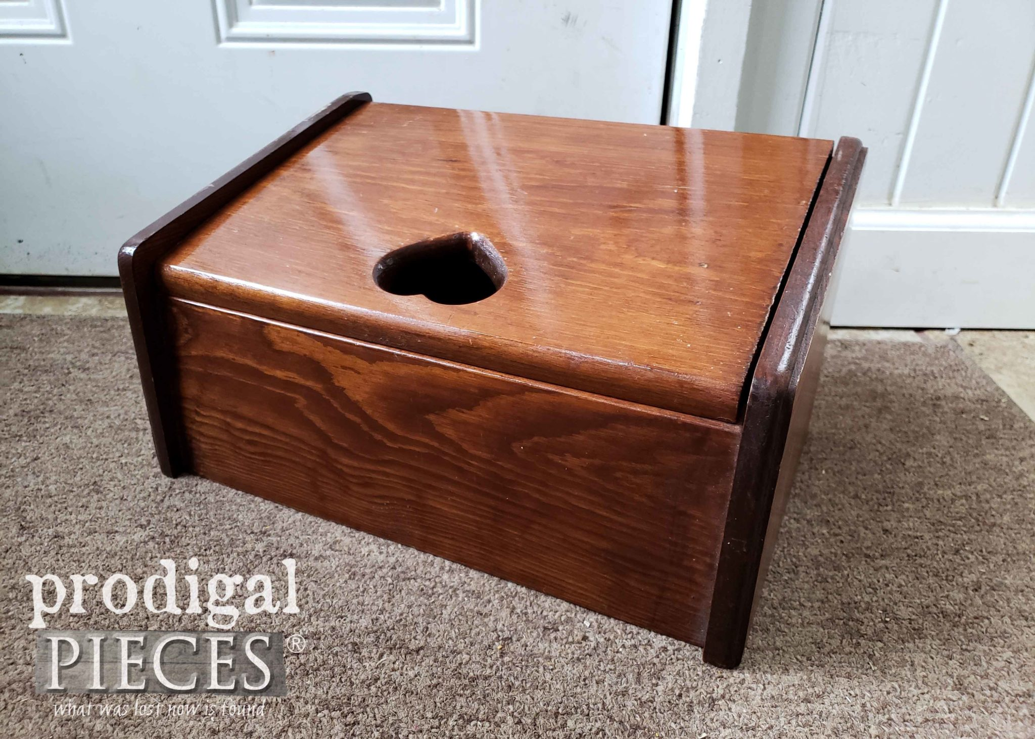 Vintage Bread Box Before Makeover | prodigalpieces.com