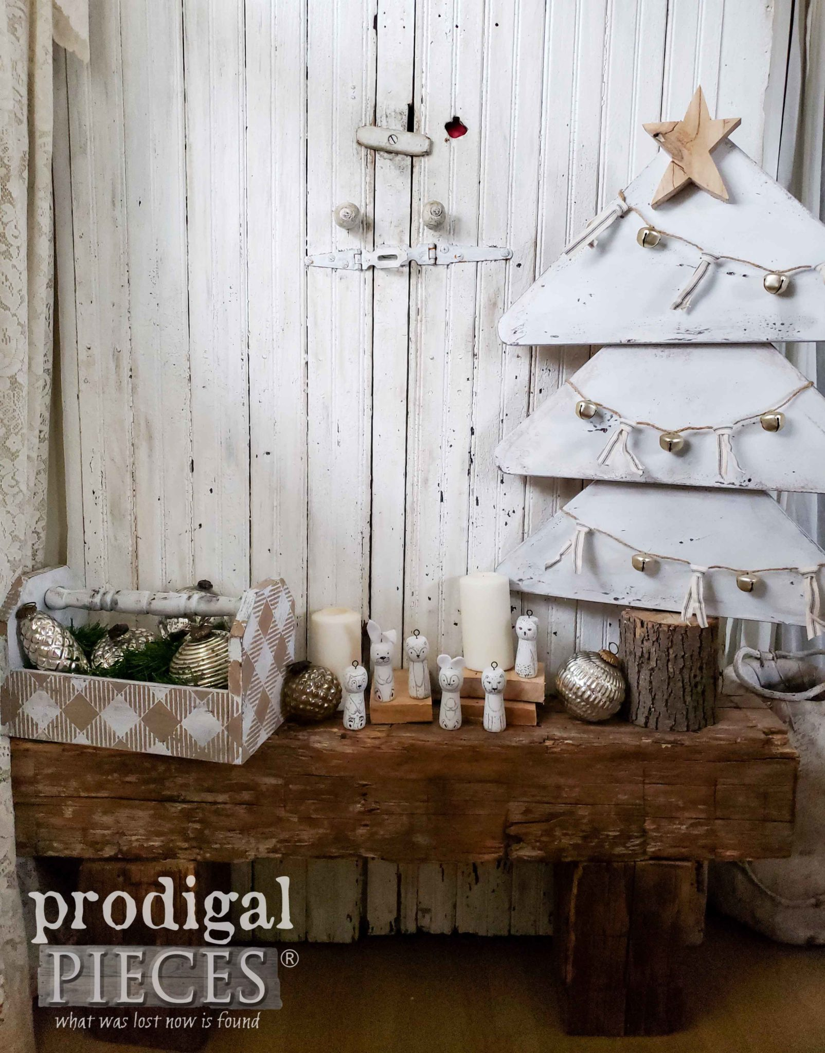 Handmade Farmhouse Christmas Vignette made from a Curbside Table | DIY tutorial by Larissa of Prodigal Pieces | prodigalpieces.com
