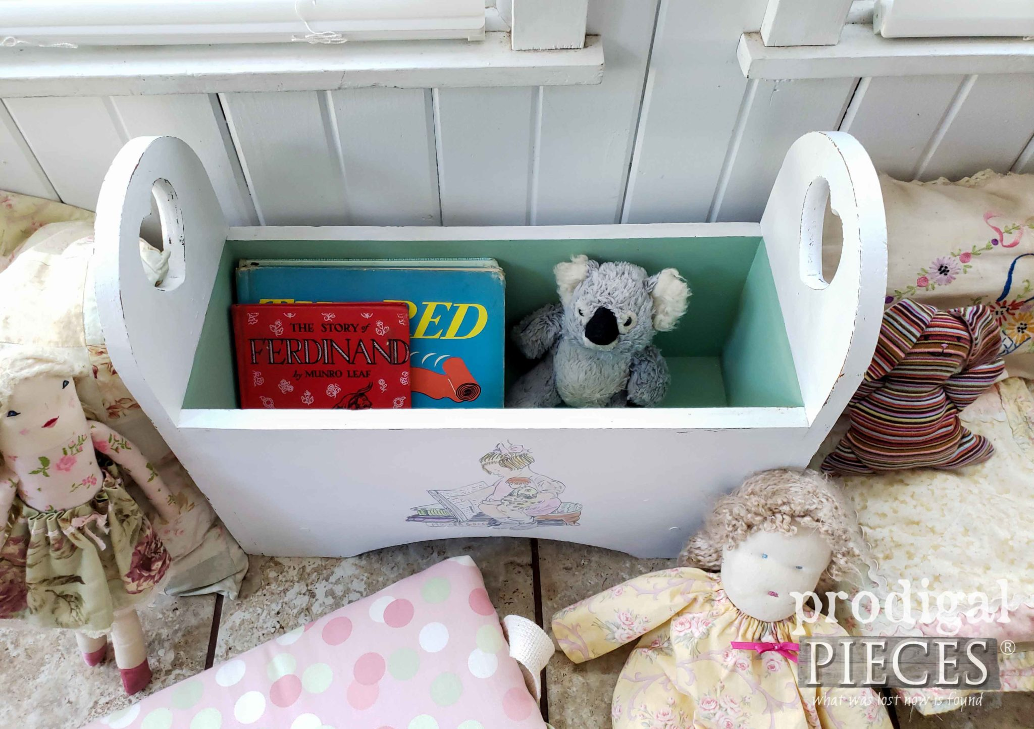 Inside Kid's Storage Bench with Upholstered Top | prodigalpieces.com