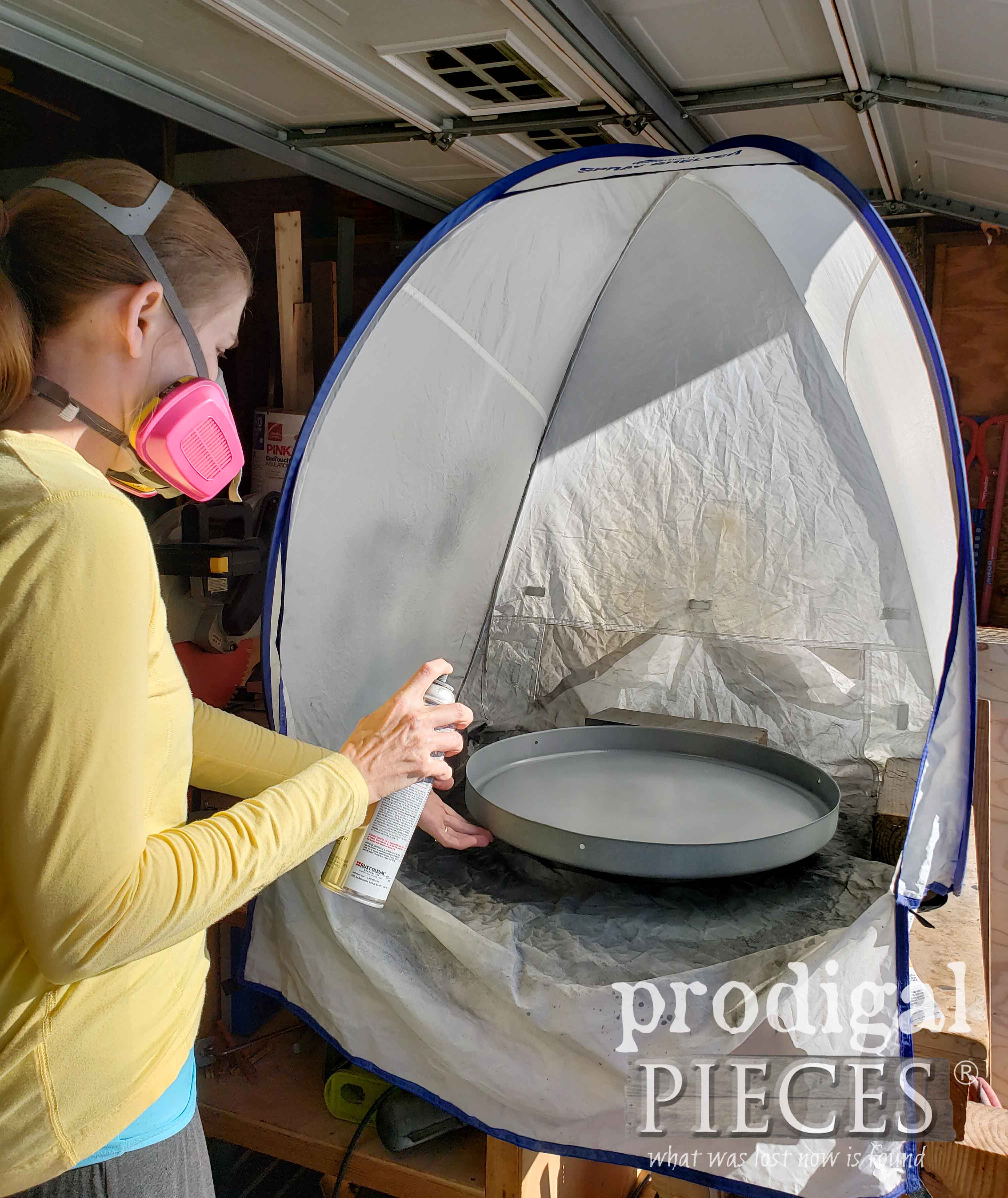 HomeRight Small Spray Shelter and Turn Table for Spray Painting Projects | prodigalpieces.com