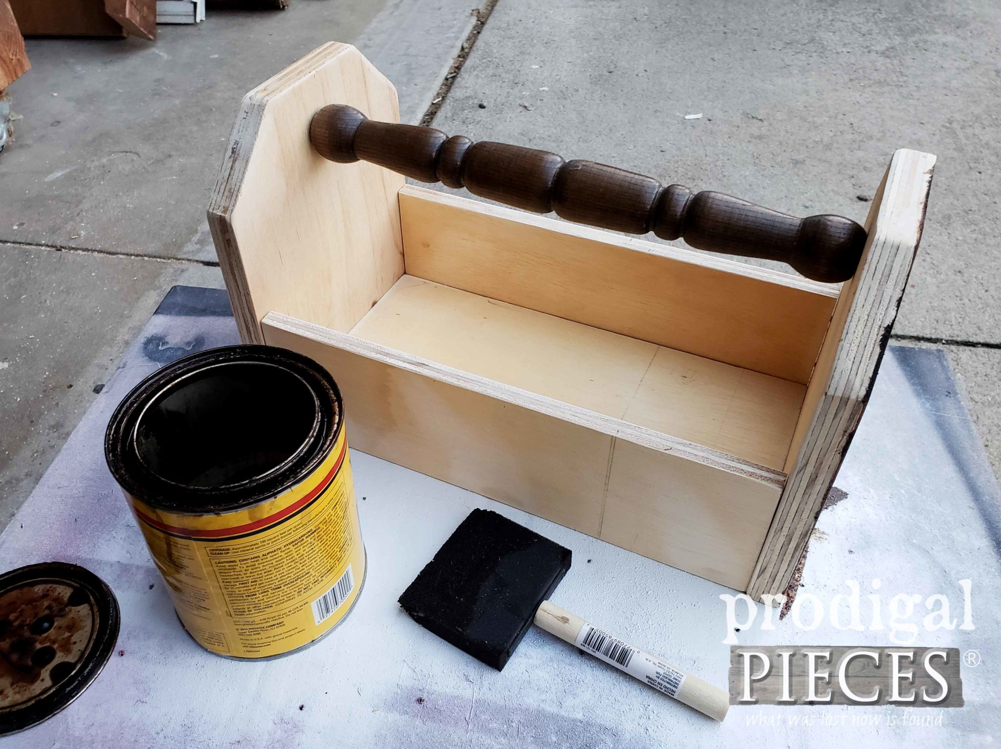 Staining Upcycled Wooden Tote | prodigalpieces.com