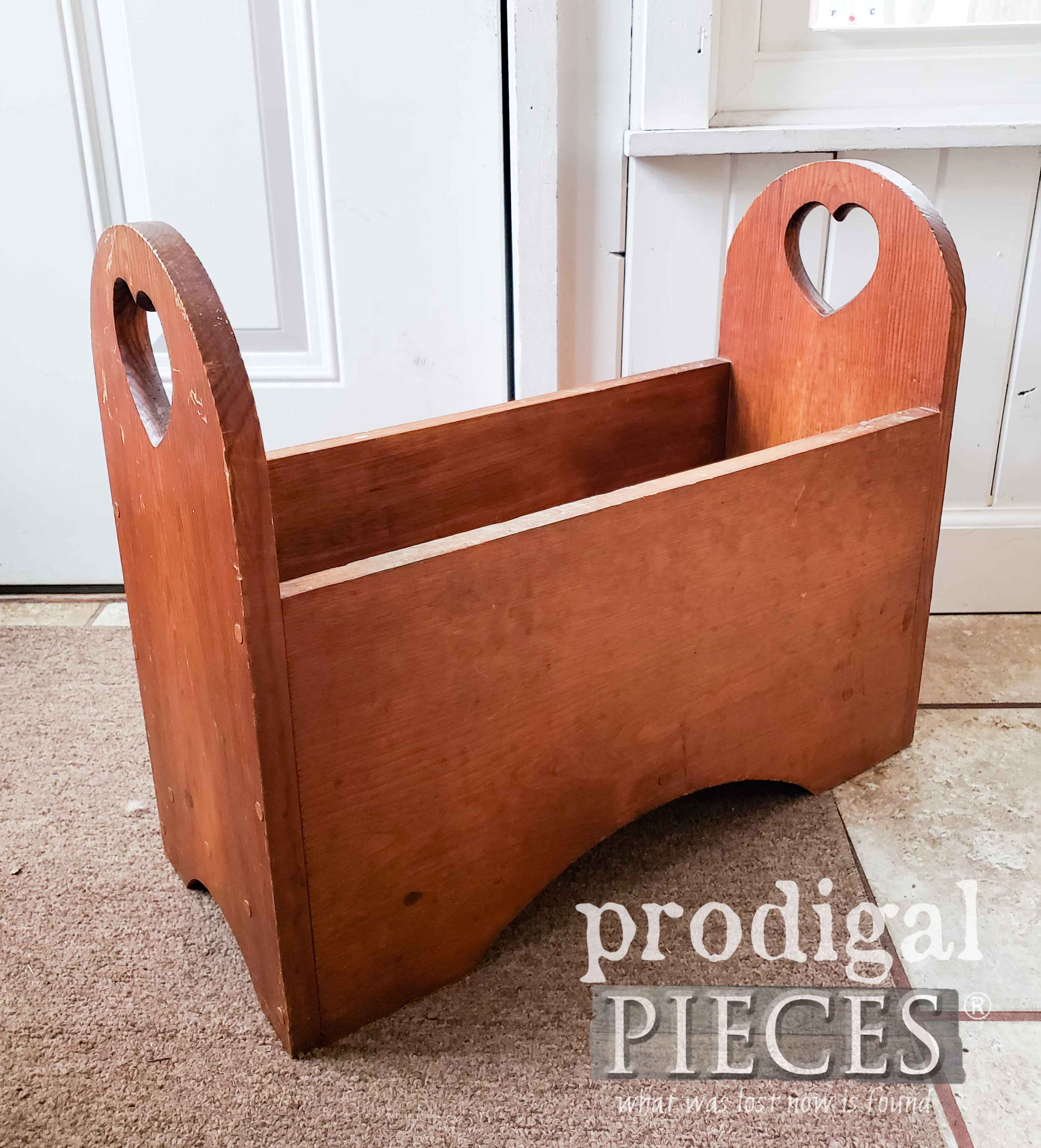Wood Bin Before Makeover | prodigalpieces.com