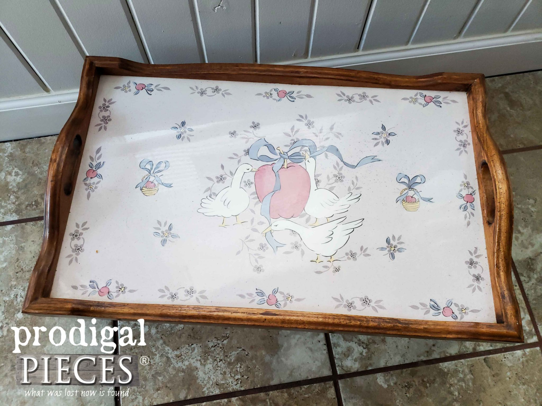 Bed Tray Top with Geese Before Makeover | prodigalpieces.com