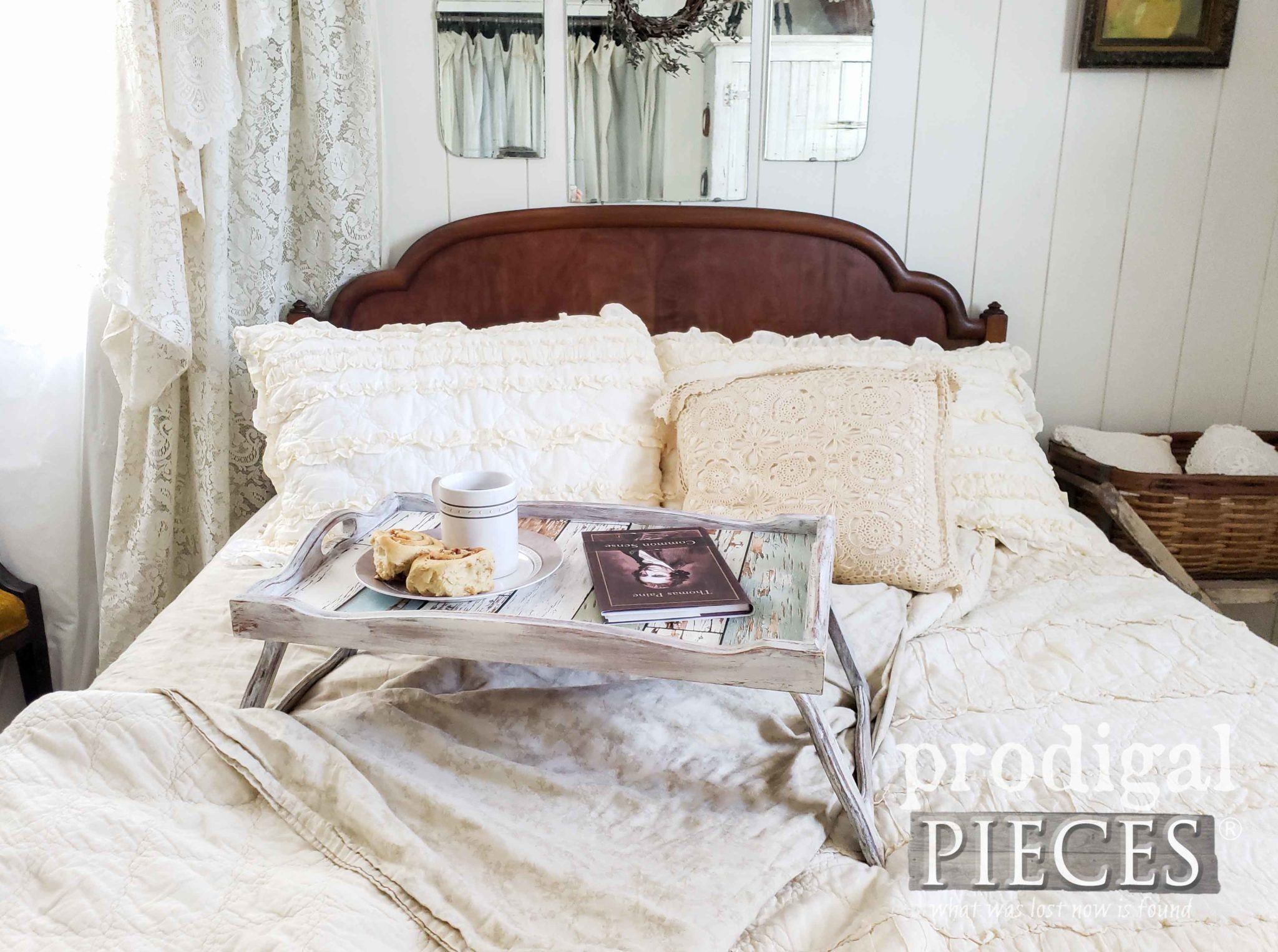 Cozy Vintage Farmhouse Style Bedroom Decor | DIY Your Home with Larissa of Prodigal Pieces | prodigalpieces.com #prodigalpieces #farmhouse #vintage #home #shopping #homedecor #homedecorideas