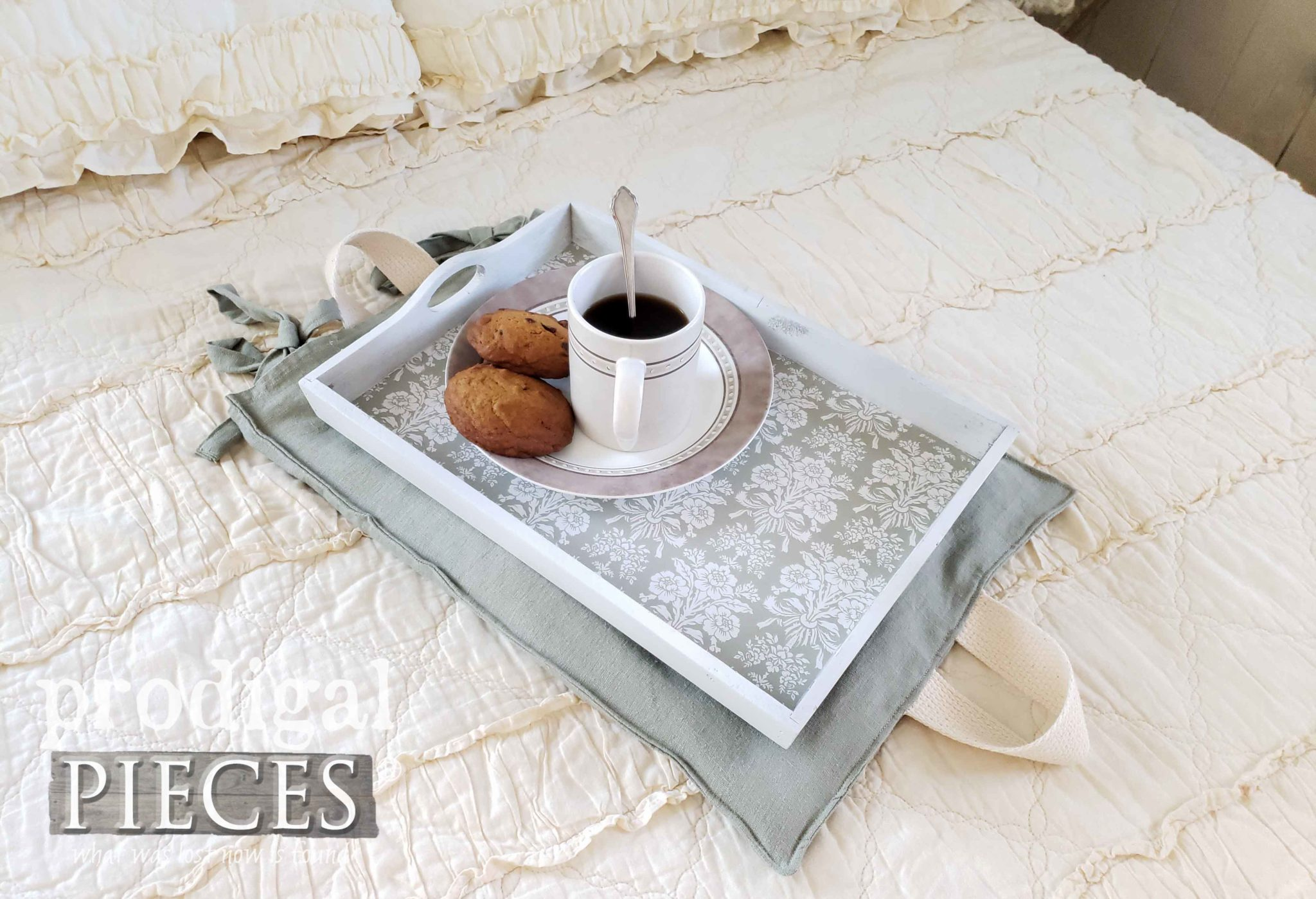 DIY Heating Pad Tray with Tutorial by Larissa of Prodigal Pieces | prodigalpieces.com #prodigalpieces #diy #handmade #home #homedecor #homedecorideas
