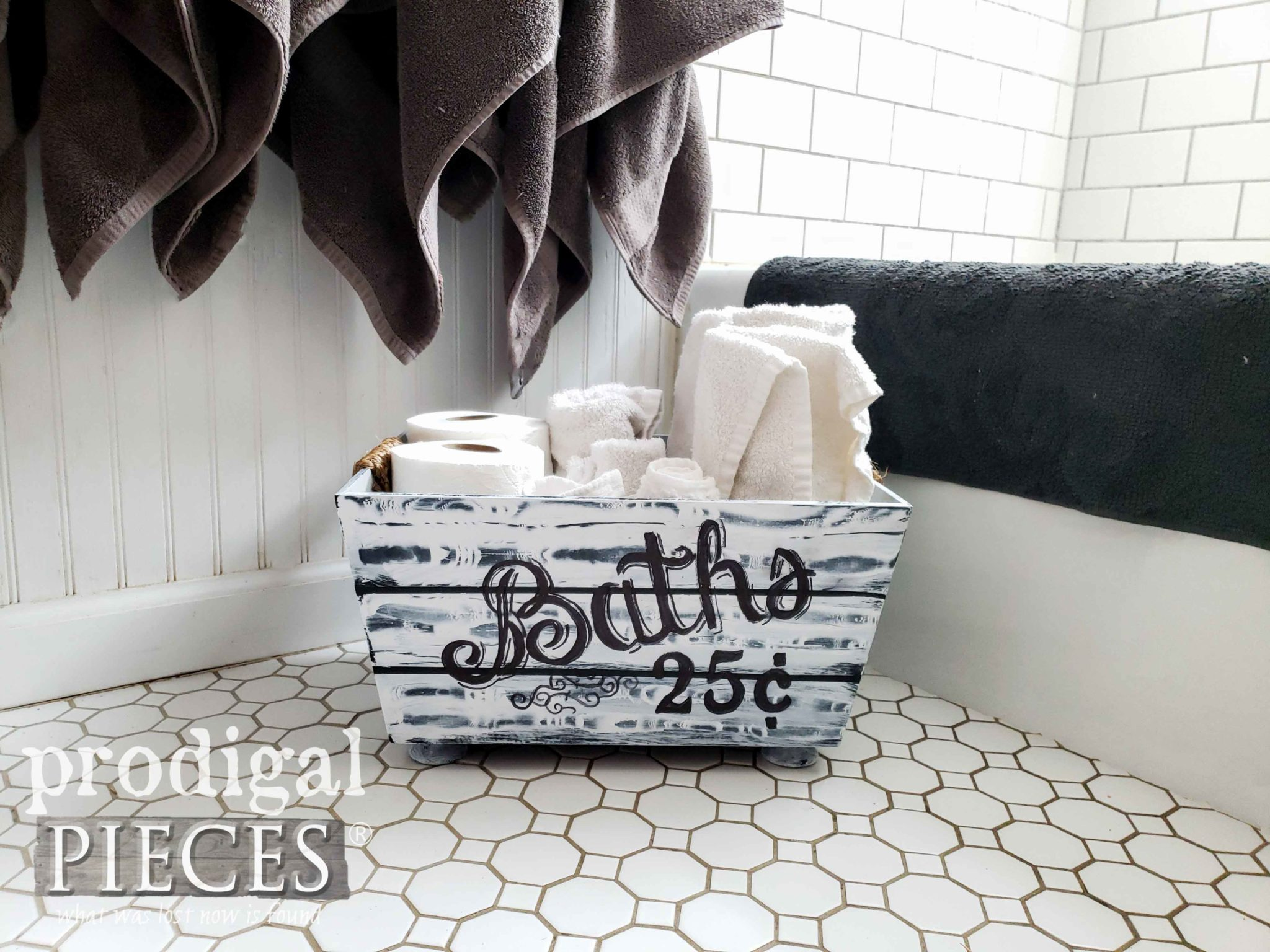 DIY Storage Bin for Farmhouse Style Bathroom by Larissa of Prodigal Pieces | prodigalpieces.com #prodigalpieces.com #prodigalpieces #diy #farmhouse #home #shopping #homedecor #homedecorideas #vintage